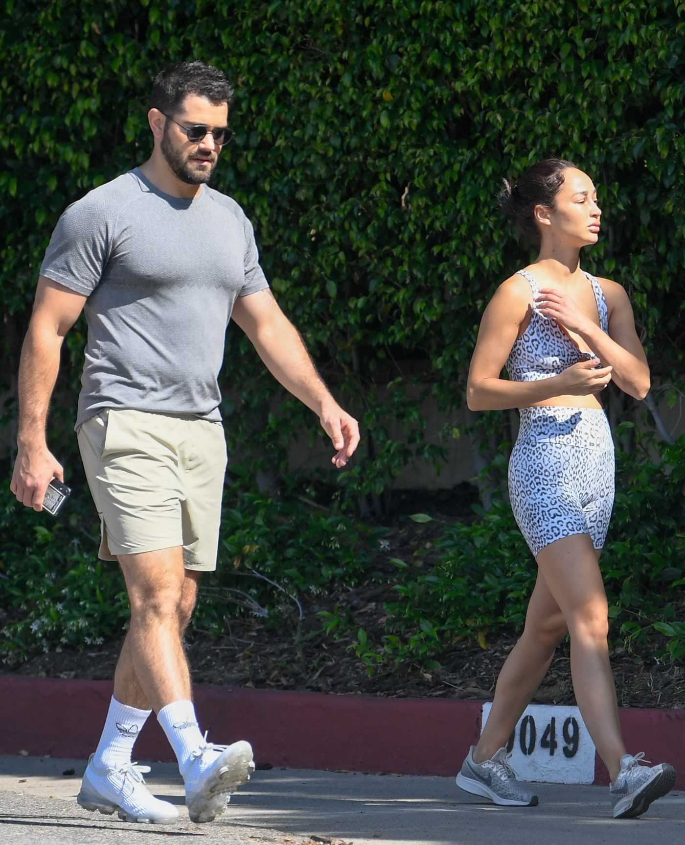 Cara Santana in an Animal Print Workout Clothes Was Seen Out with Jesse Metcalfe in Los Angeles 04/27/2020