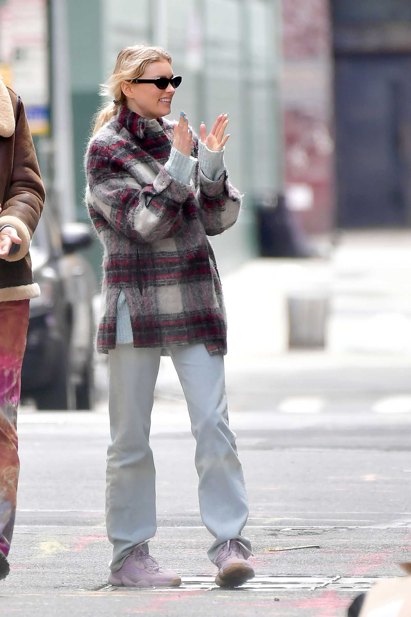 Elsa Hosk in a Plaid Shirt Was Seen Out with Tom Daly in New York 04/16/2020