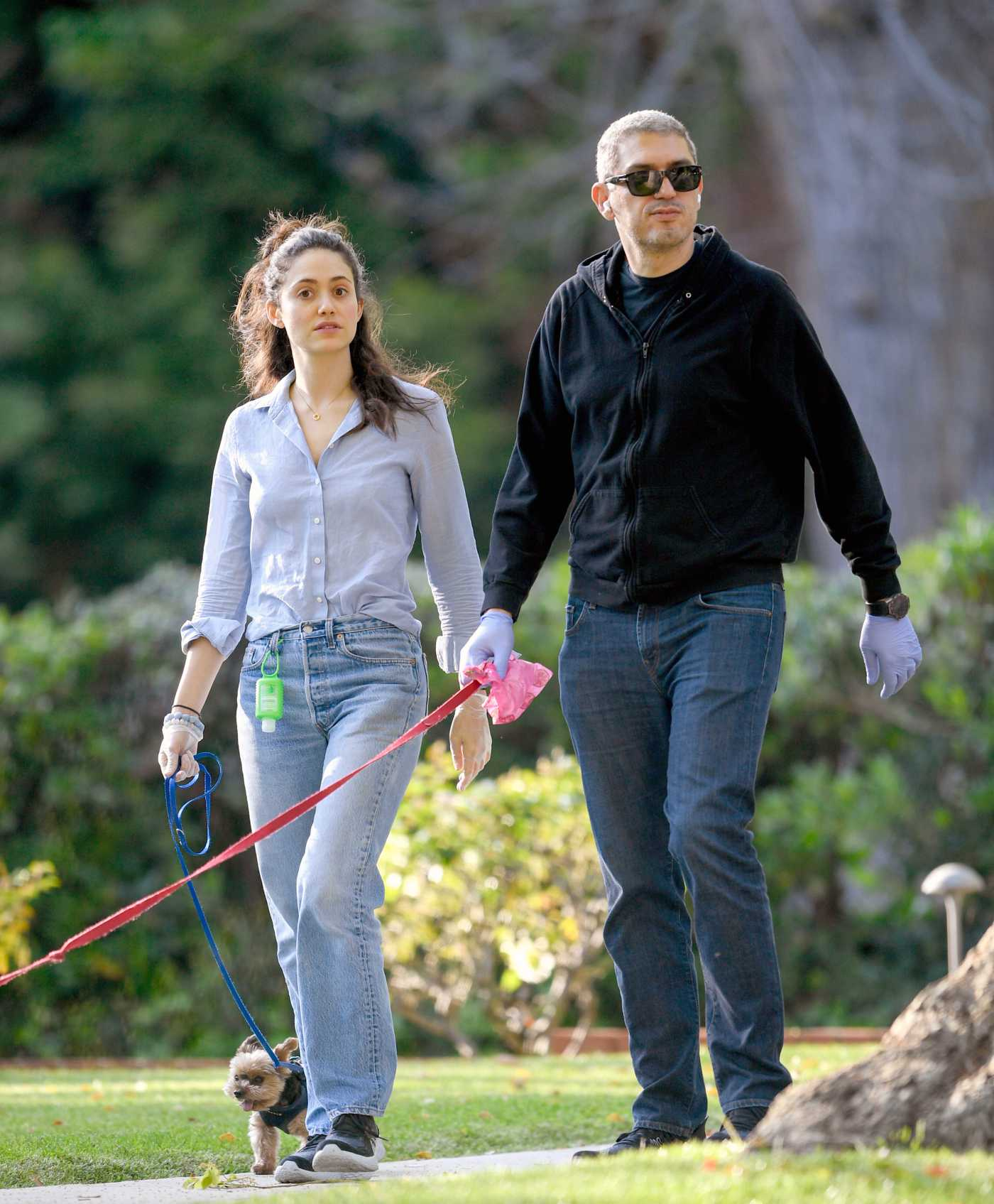 Emmy Rossum in a Gray Shirt Was Seen Out with Sam Esmail in Los Angeles 04/01/2020