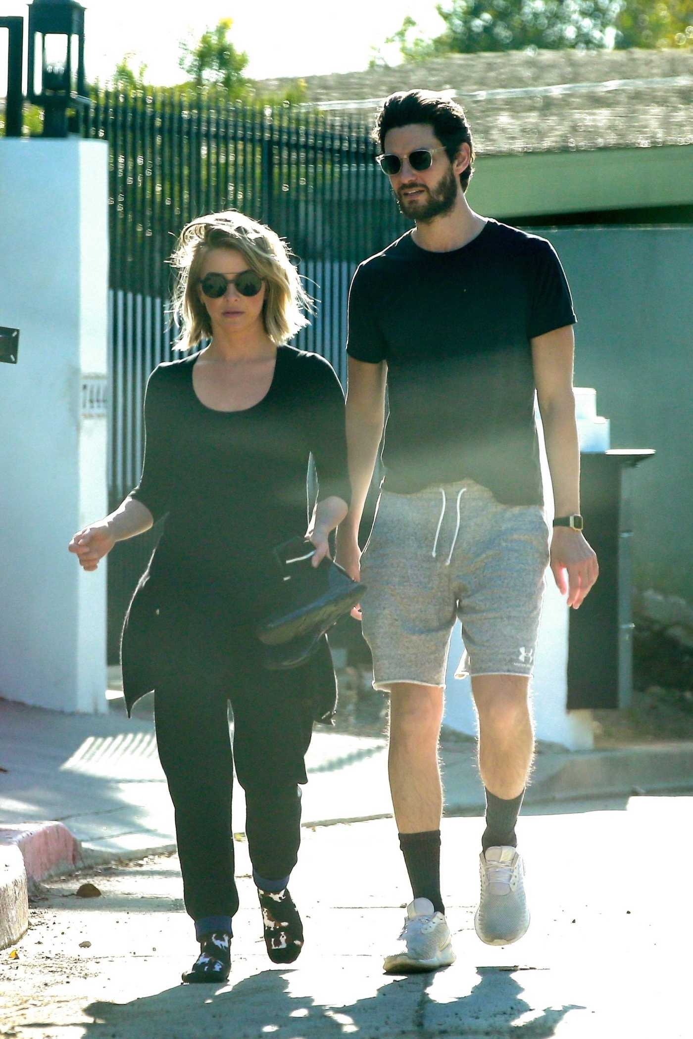 Julianne Hough Was Seen Out with Ben Barnes in LA 04/16/2020