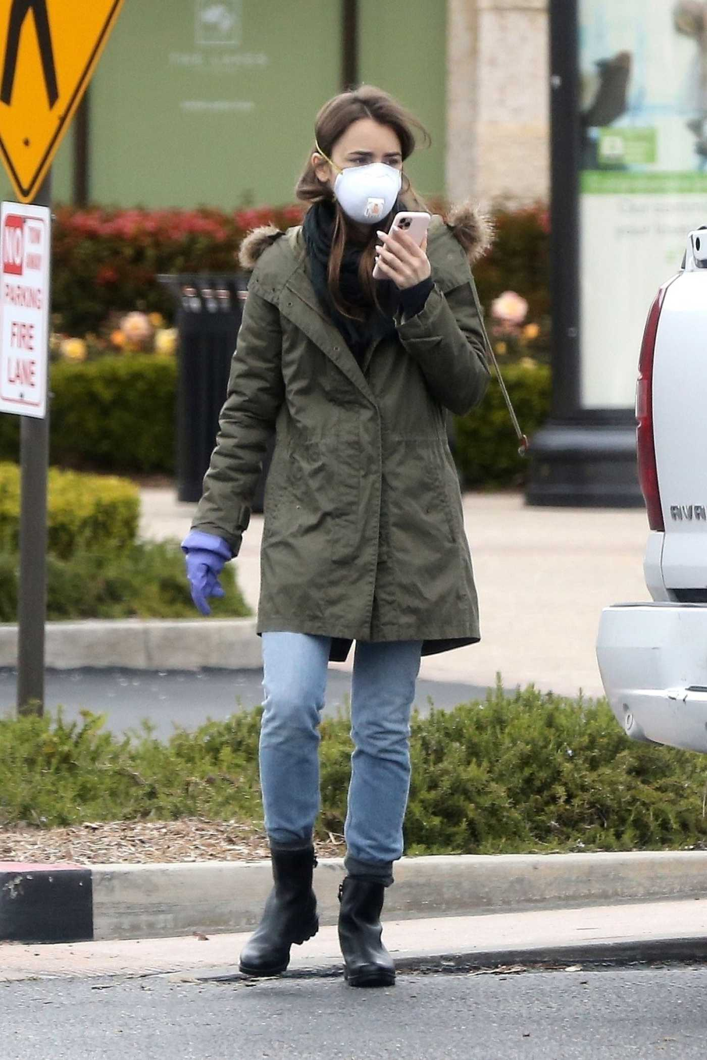 Lily Collins in a Face Mask Leaves a Grocery Store in Los Angeles 04/09/2020