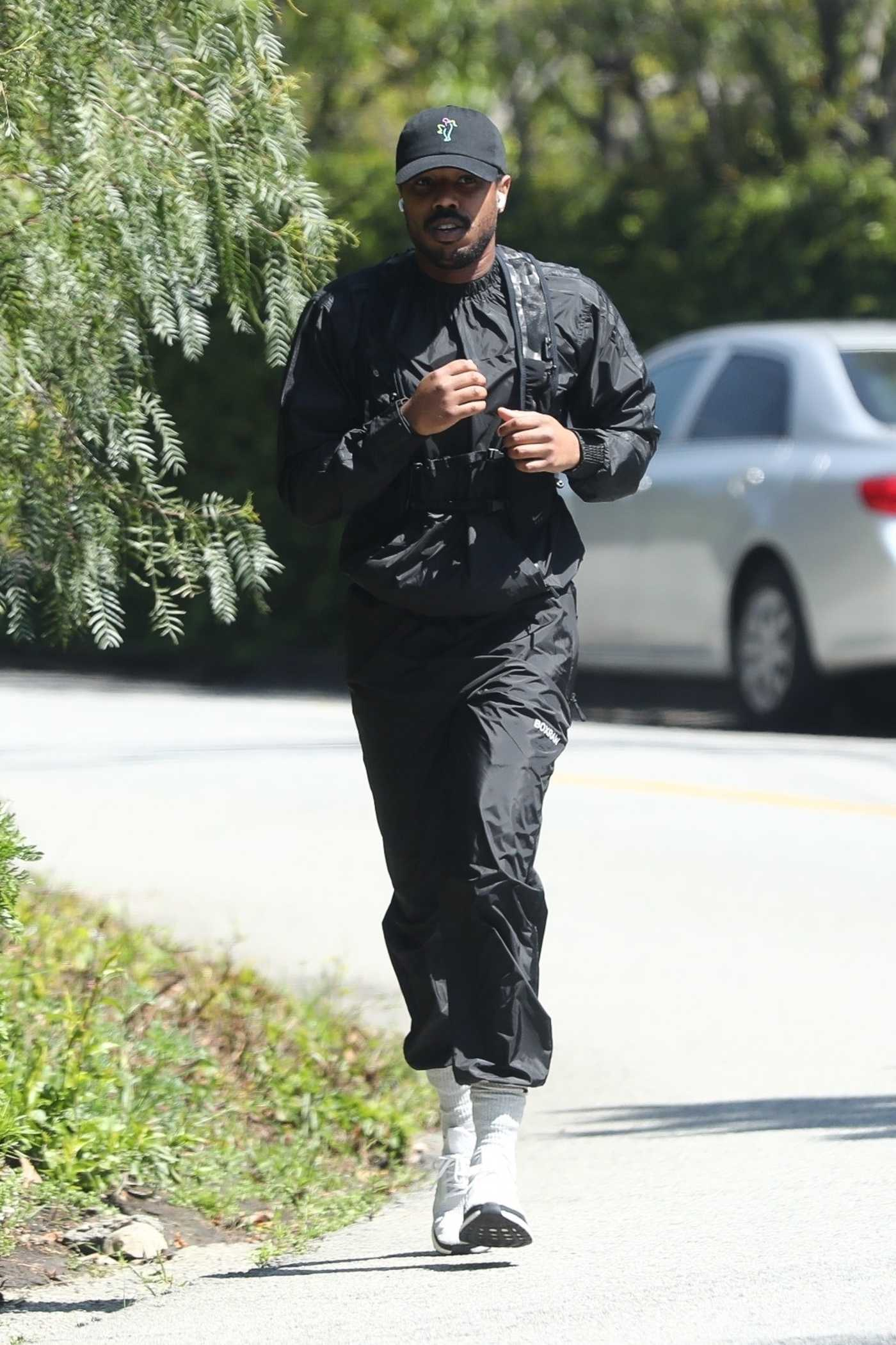 Michael B Jordan in a Black Cap Goes Out for a Jog in Los Angeles 04/20/2020