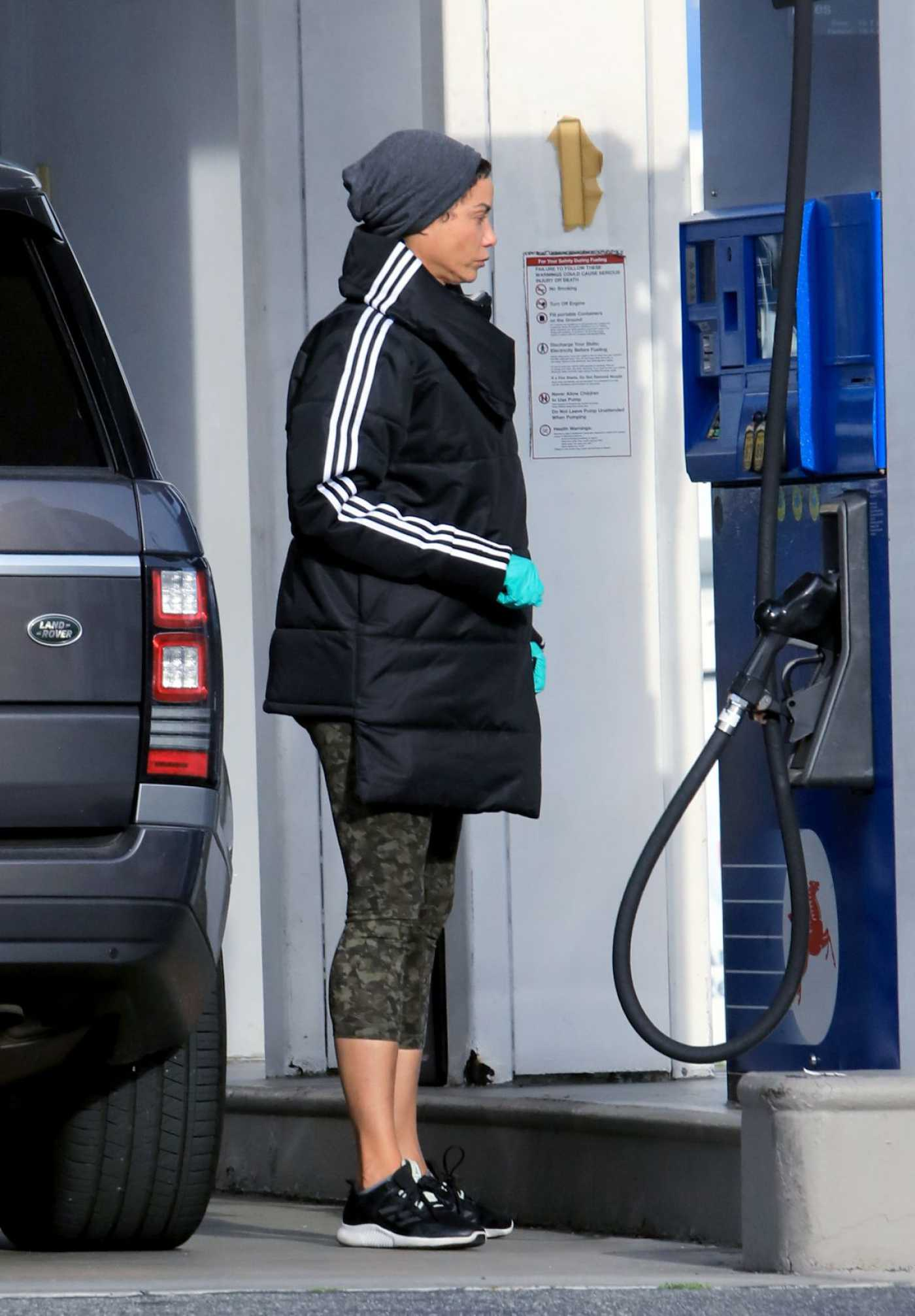 Nicole Murphy in a Black Jacket Was Seen at a Gas Station in West Hollywood 04/08/2020