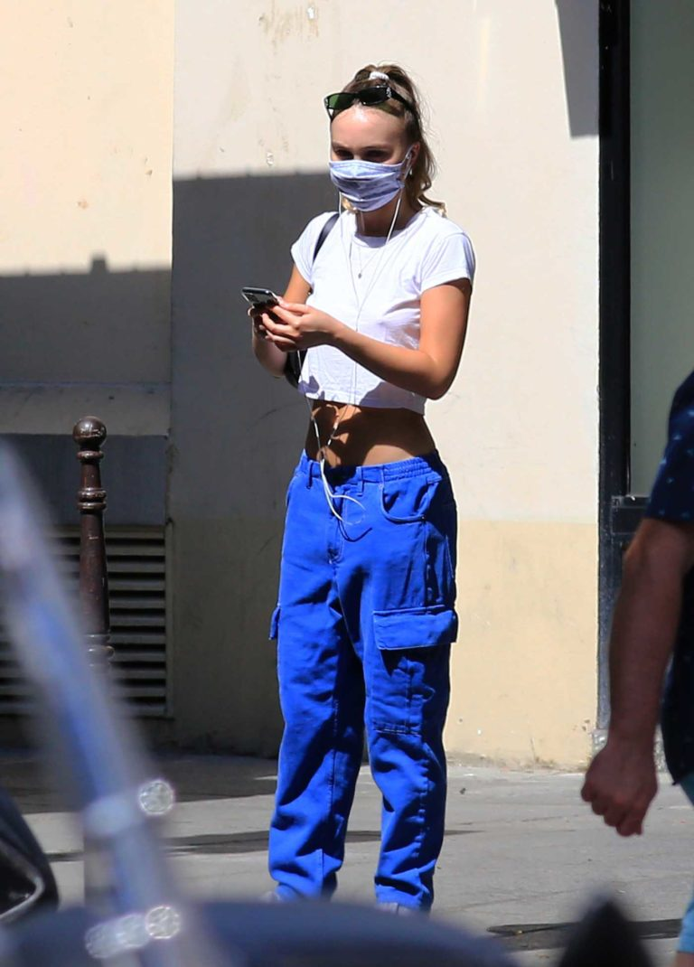 Lily-Rose Depp in a White Cropped Tee
