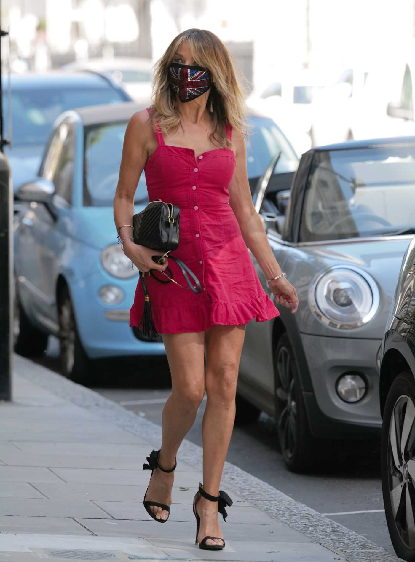 Lizzie Cundy in a Gittering Bejazzled Diamante Face Mask Was Seen Out in London 05/22/2020