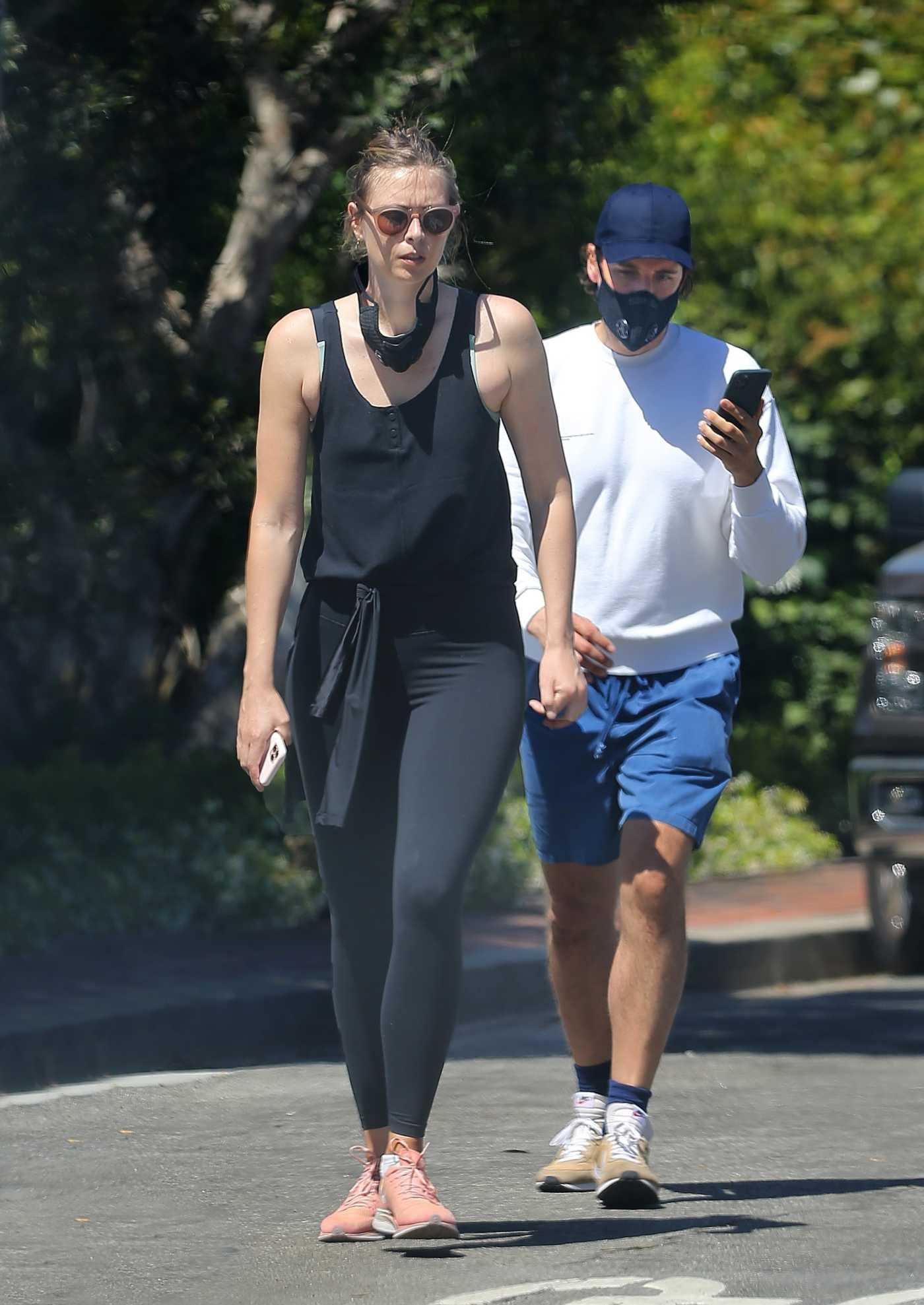 Maria Sharapova in a Black Leggings Was Spotted Near Her Manhattan Beach Home in Los Angeles 05/16/2020