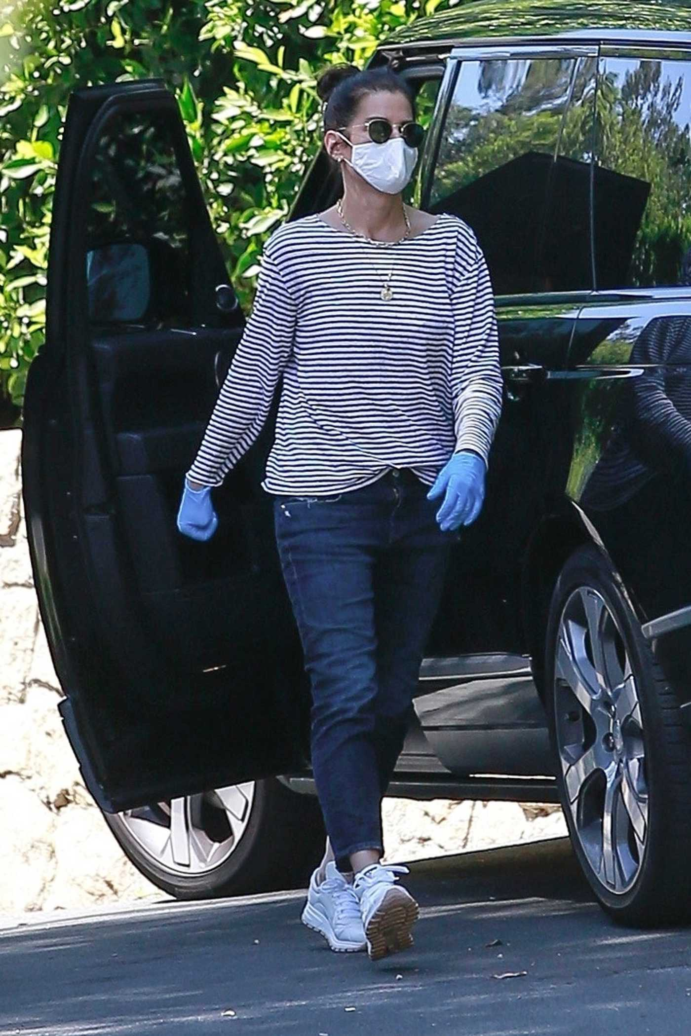 Sandra Bullock in a Striped Long Sleeves T-Shirt Picks Up a Few Boxes in Los Angeles 05/02/2020