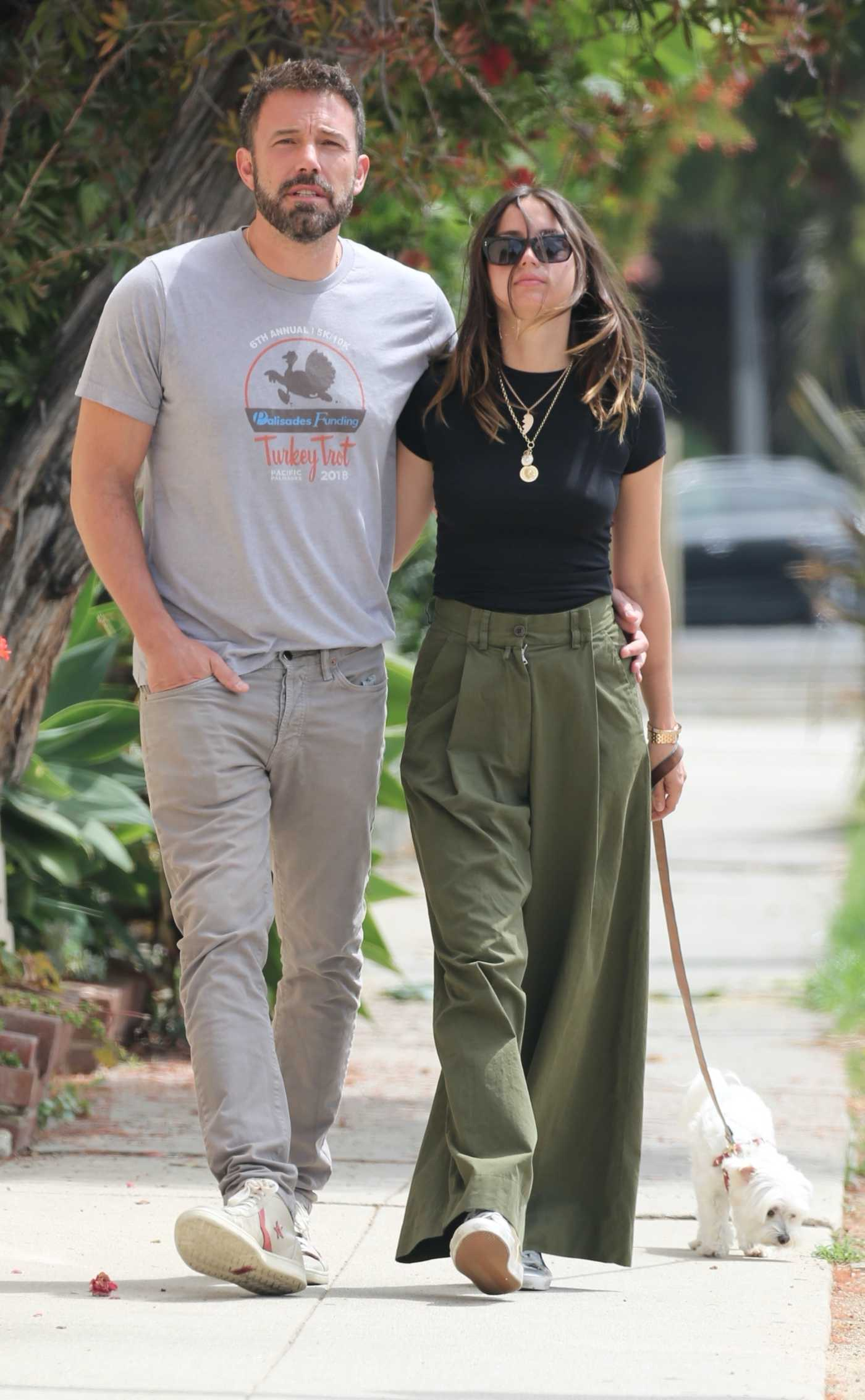 Ana De Armas in a Black Tee Walks Her Dog Out with Ben Affleck in Venice Beach 06/22/2020