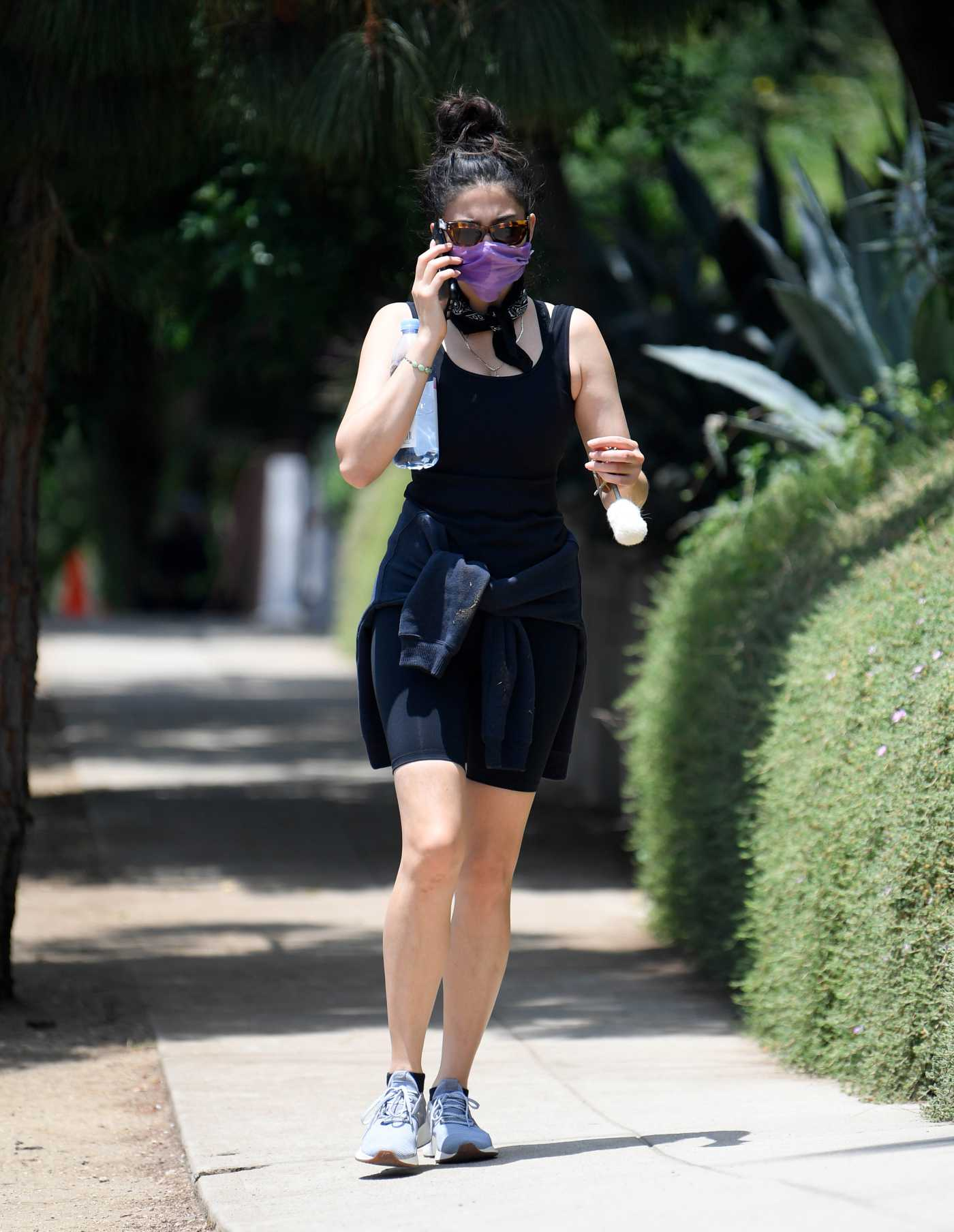 Jessica Gomes in a Black Tank Top Was Seen at Runyon Canyon Park in Los Angeles 06/25/2020