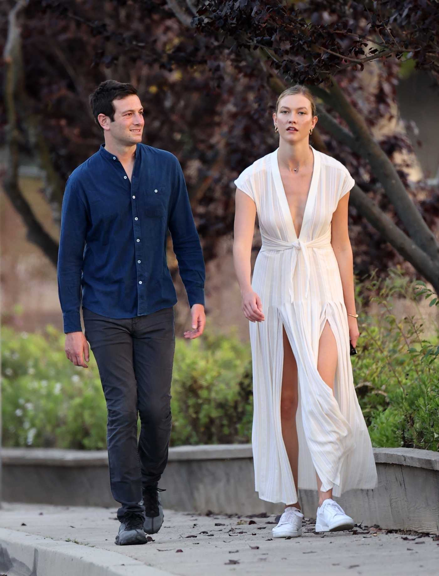 Karlie Kloss in a White Dress Was Seen Out with Her Husband Joshua Kushner in Los Angeles 07/11/2020