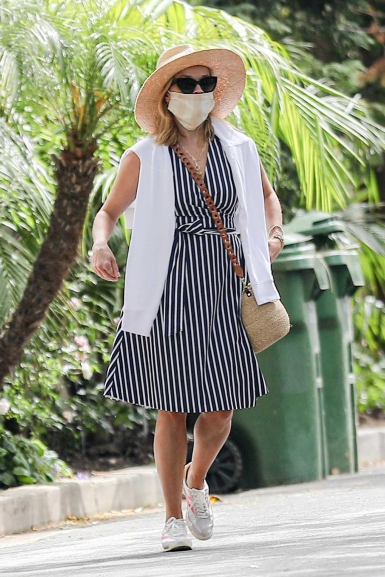 Reese Witherspoon in a Striped Dress