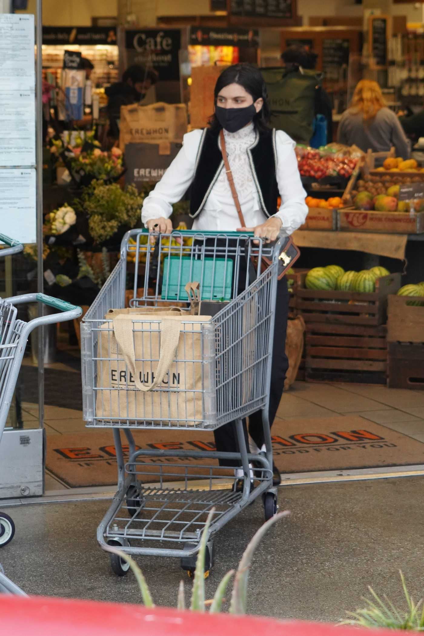 Soko in a Black Protective Mask Picks Up Organic Groceries at Erewhon in Los Angeles 06/26/2020