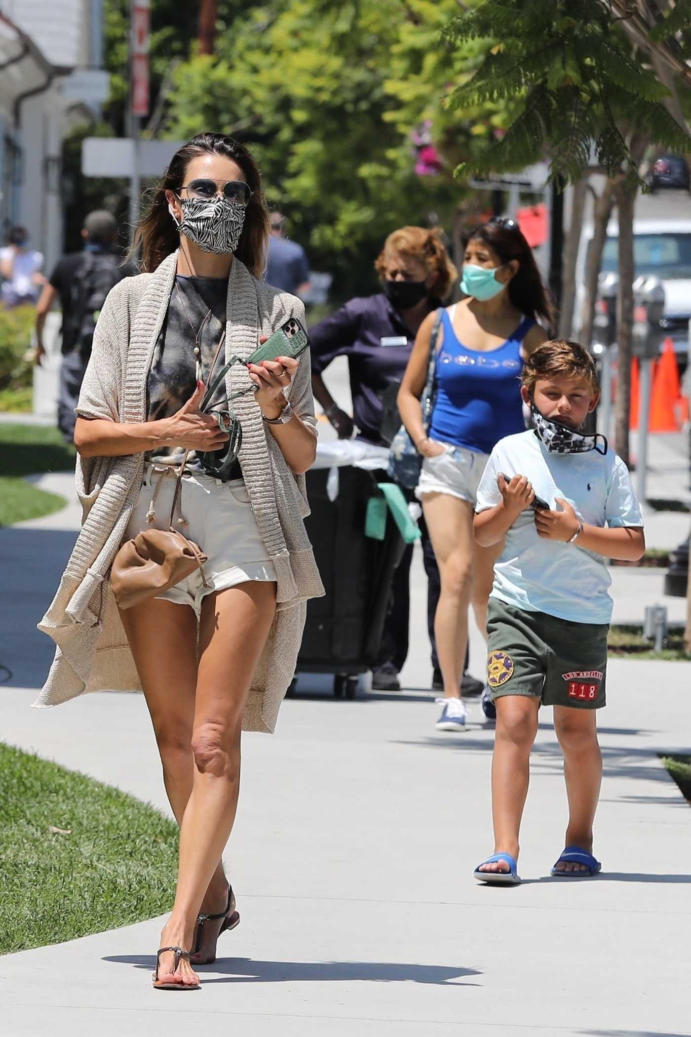 Alessandra Ambrosio in a Protective Mask Goes Out for Lunch with Her Son in Pacific Palisade 07/25/2020