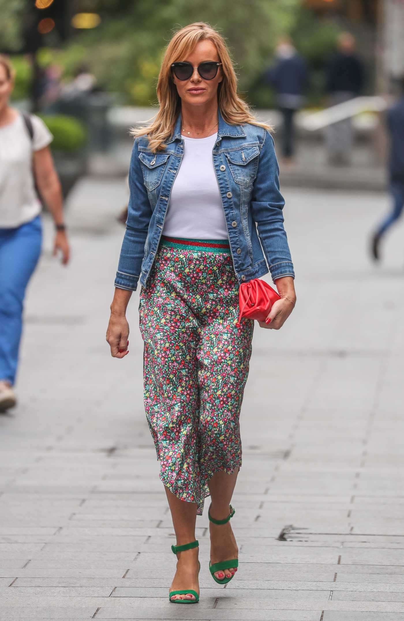 Amanda Holden in a Blue Denim Jacket Leaves the Heart Radio in London 07/08/2020