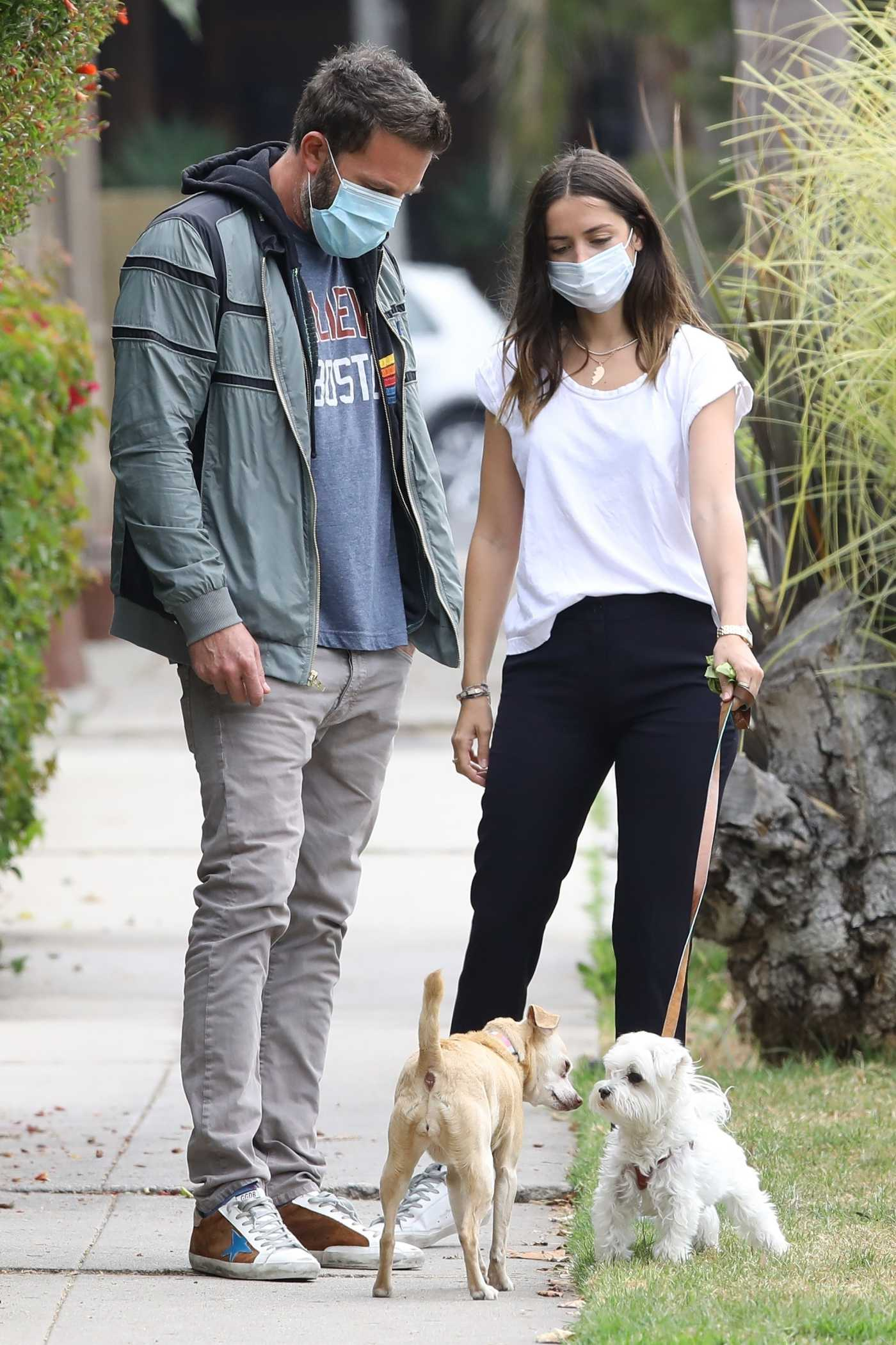 Ana De Armas in a White Tee Walks Her Dog Out with Ben Affleck in Venice 07/24/2020