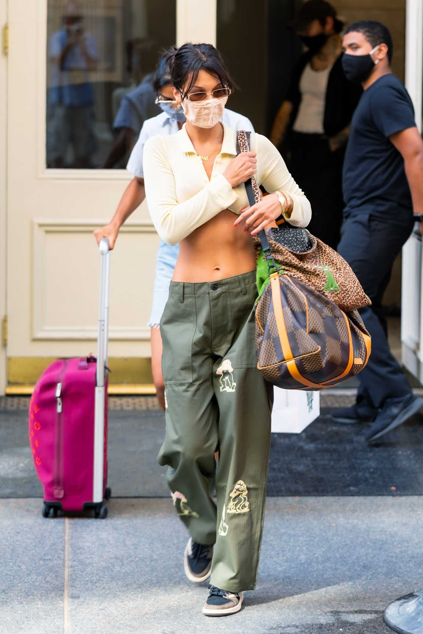 Bella Hadid in a Green Pants Was Seen Out in NYC 07/25/2020