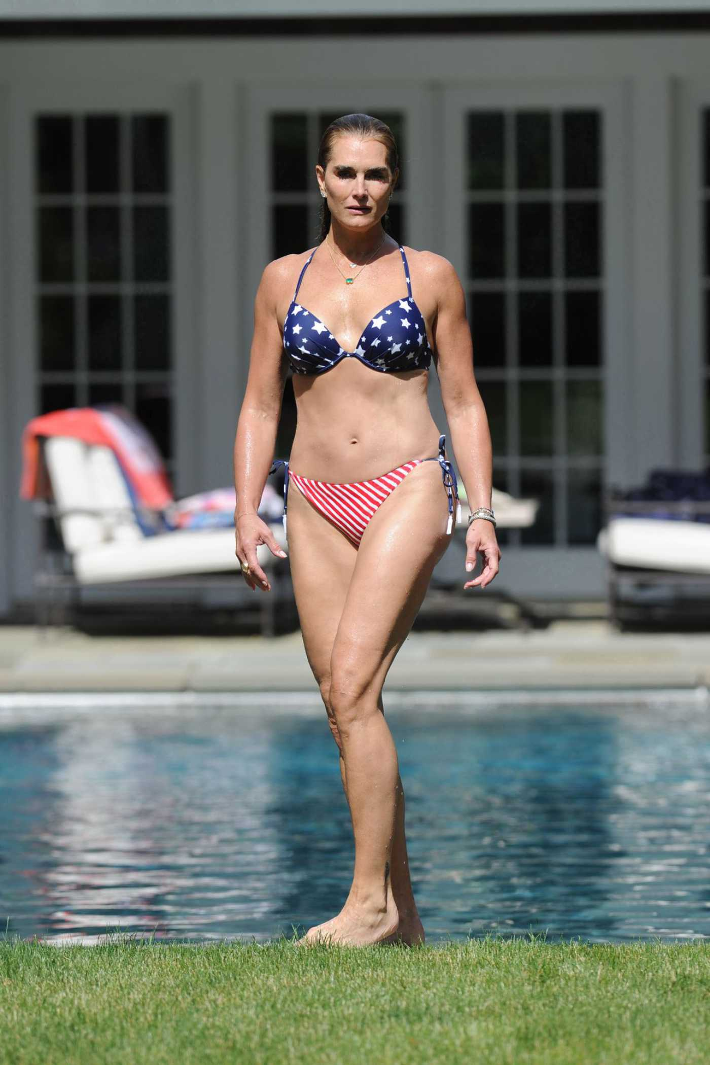 Brooke Shields in Bikini at Her Home Pool in Hamptons 07/06/2020
