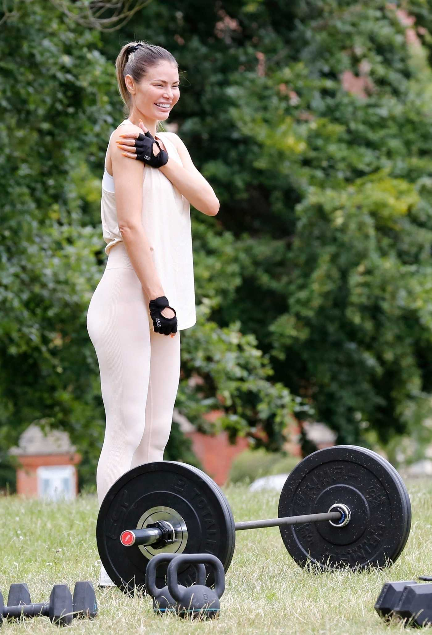 Chloe Sims in a Beige Leggings Does a Workout Session in Essex 07/07/2020