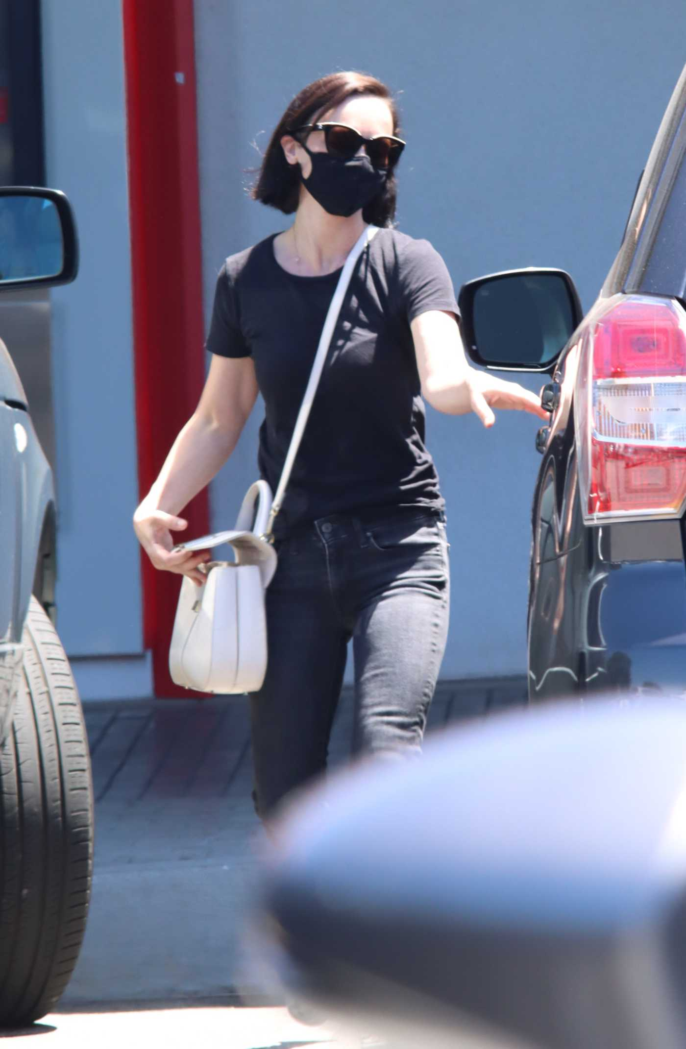 Christina Ricci in a Black Tee Makes a Stop at the Urgent Care in Los Angeles 07/03/2020