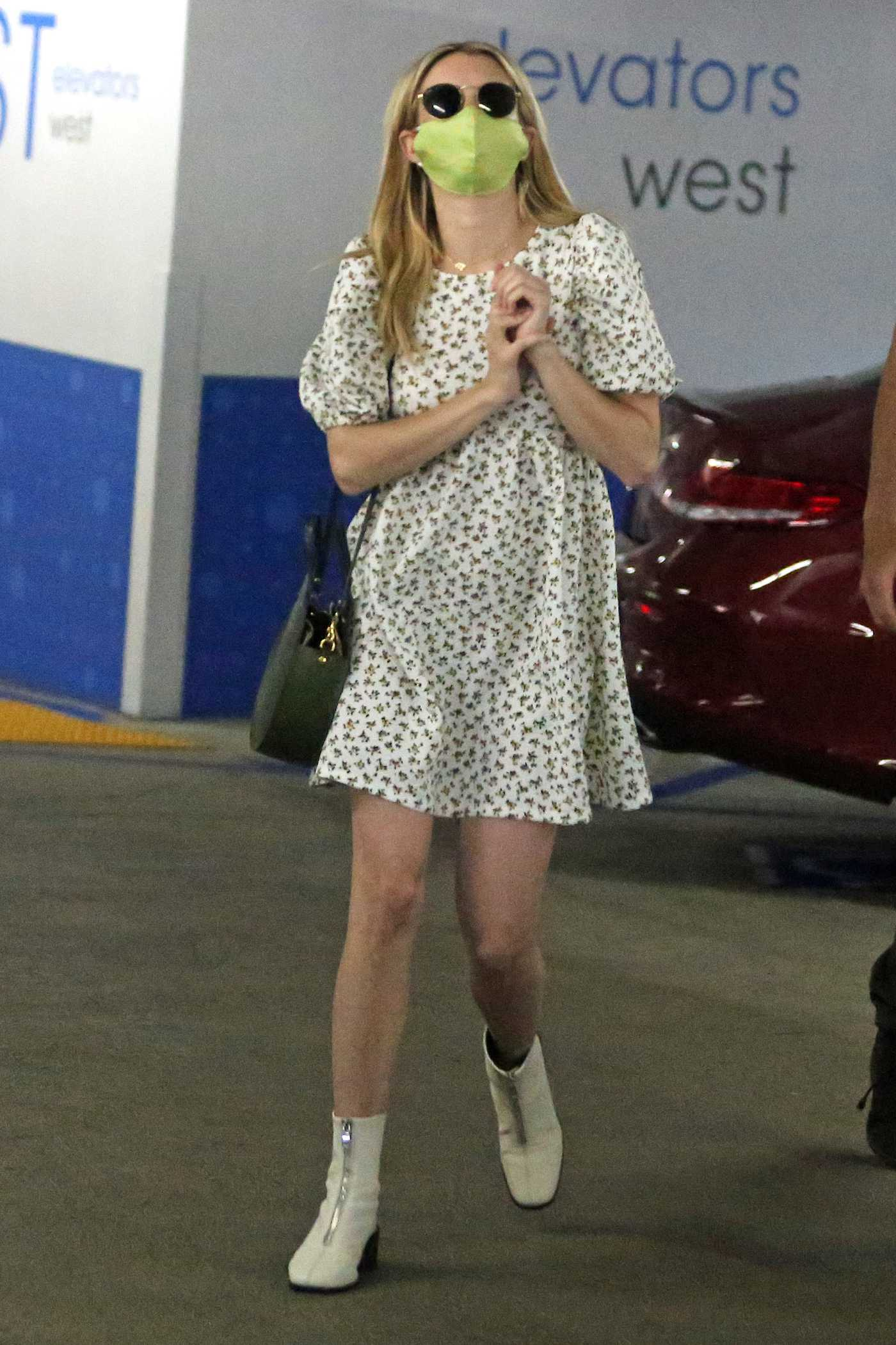 Emma Roberts in a Protective Mask Was Seen Out with Garrett Hedlund in Los Angeles 07/06/2020