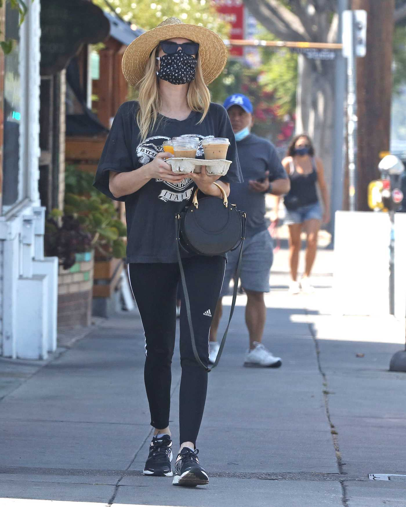 Emma Roberts in a Straw Hat Was Seen Out in Los Angeles 07/05/2020