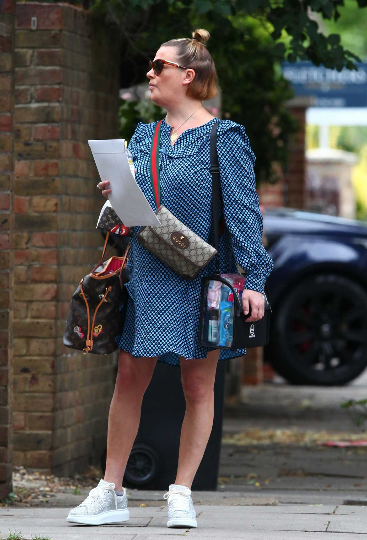 Lisa Armstrong in a Blue Dress Was Seen Out in London 07/06/2020