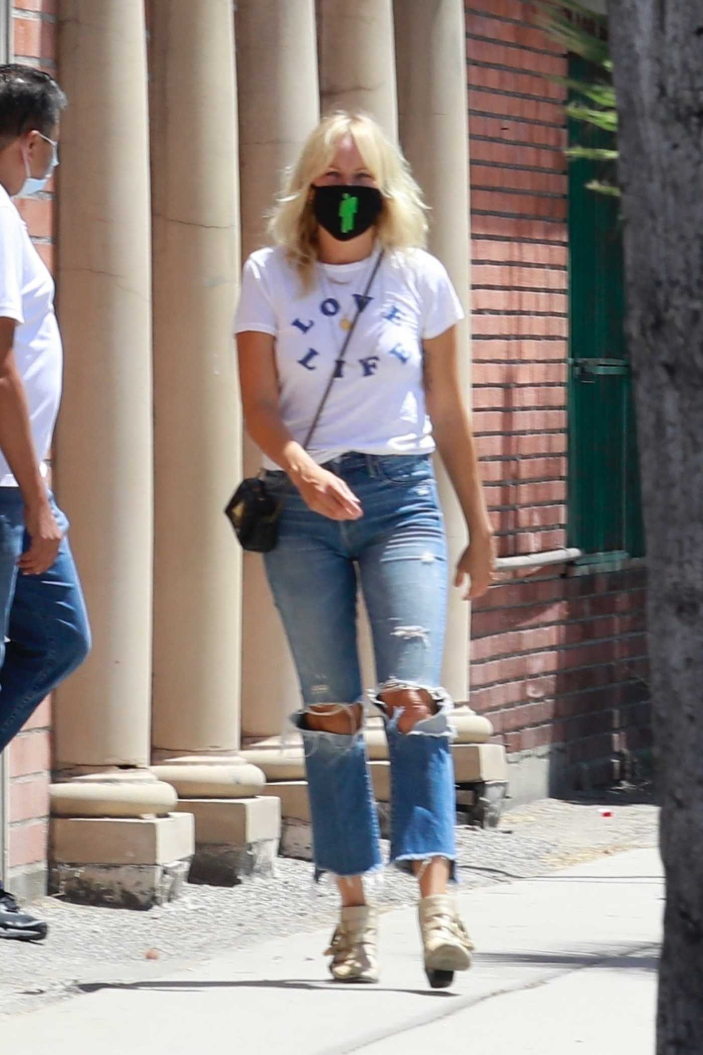 Malin Akerman in a White Tee Was Seen Out in North Hollywood 07/14/2020