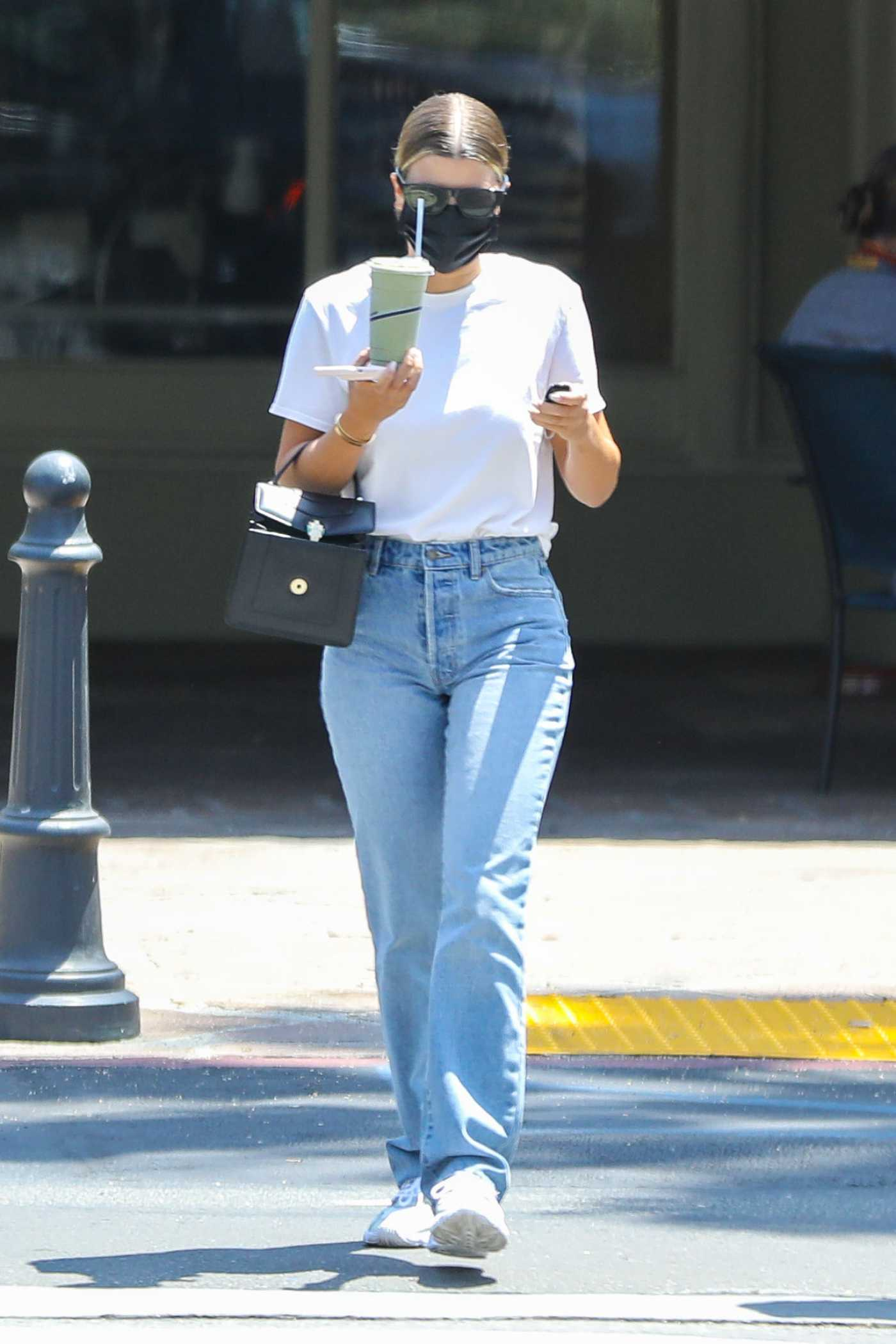 Sofia Richie in a White Tee Was Seen Out in Malibu 07/05/2020