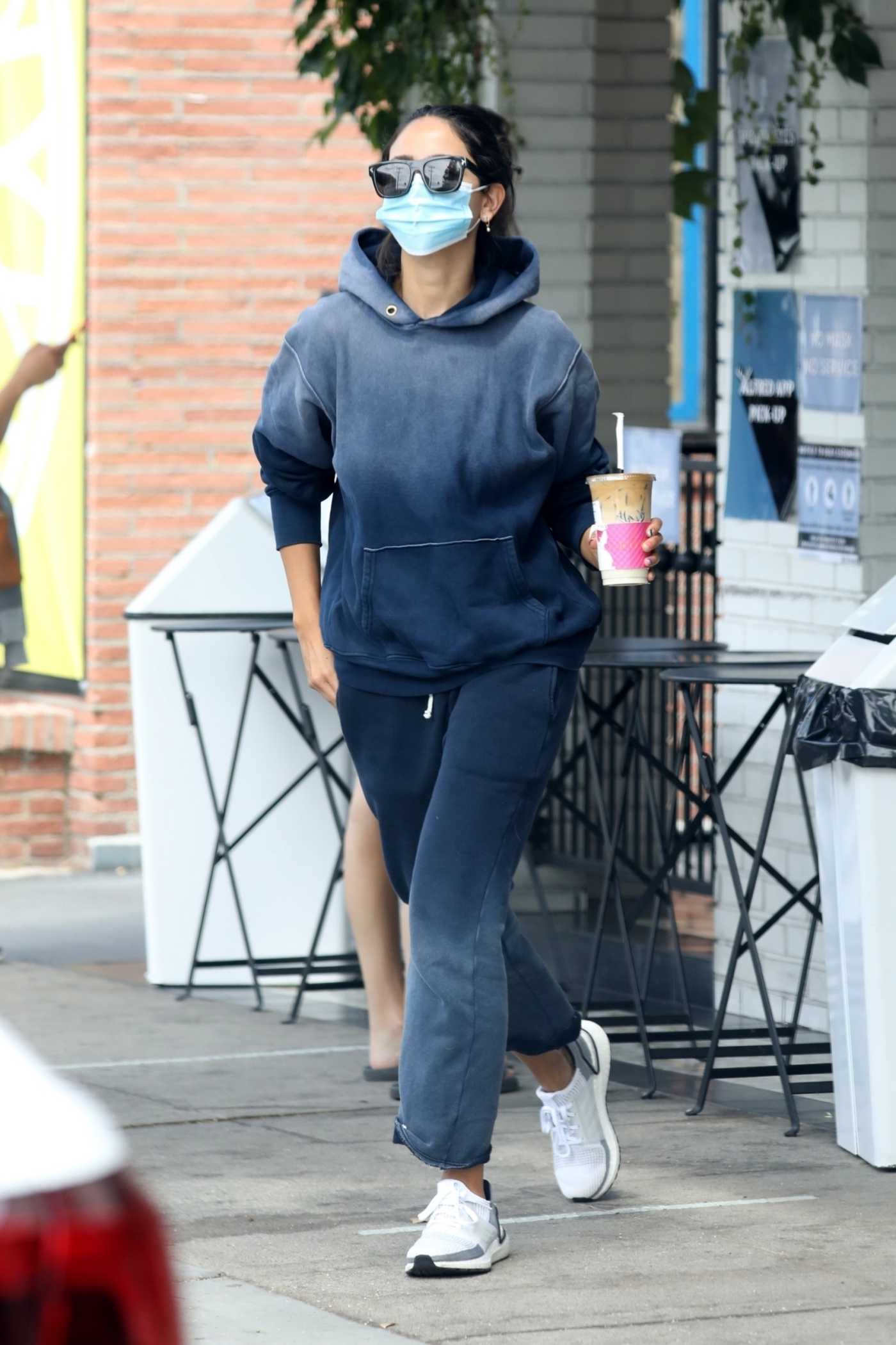 Eiza Gonzalez in a Black Hoody Makes a Stop at a Local Cafe in Los Angeles 08/13/2020