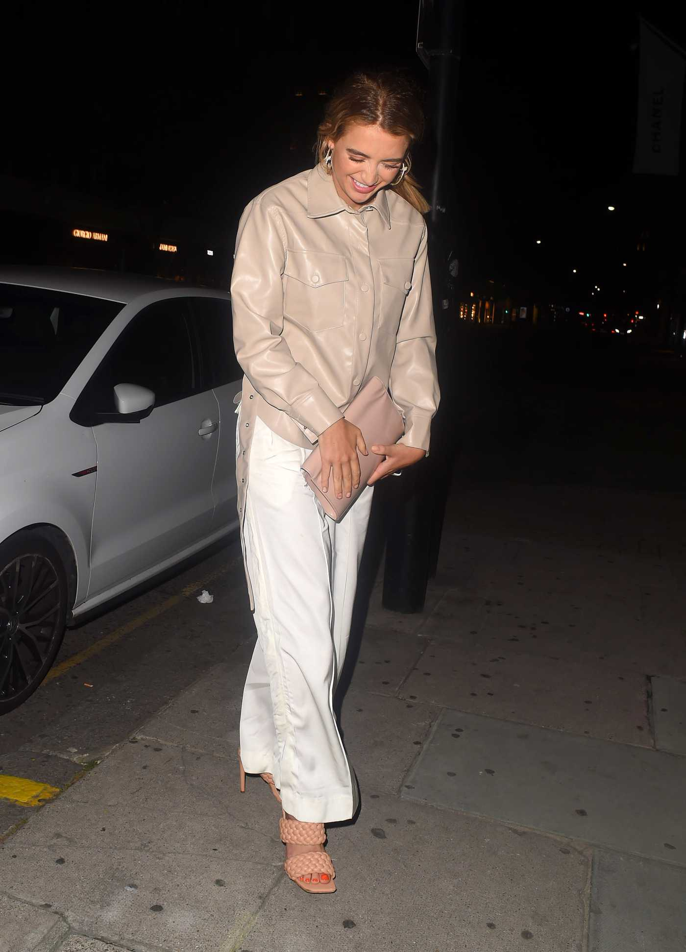 Georgia Harrison in a White Pants Was Seen Out with Theo Campbell in London 08/20/2020