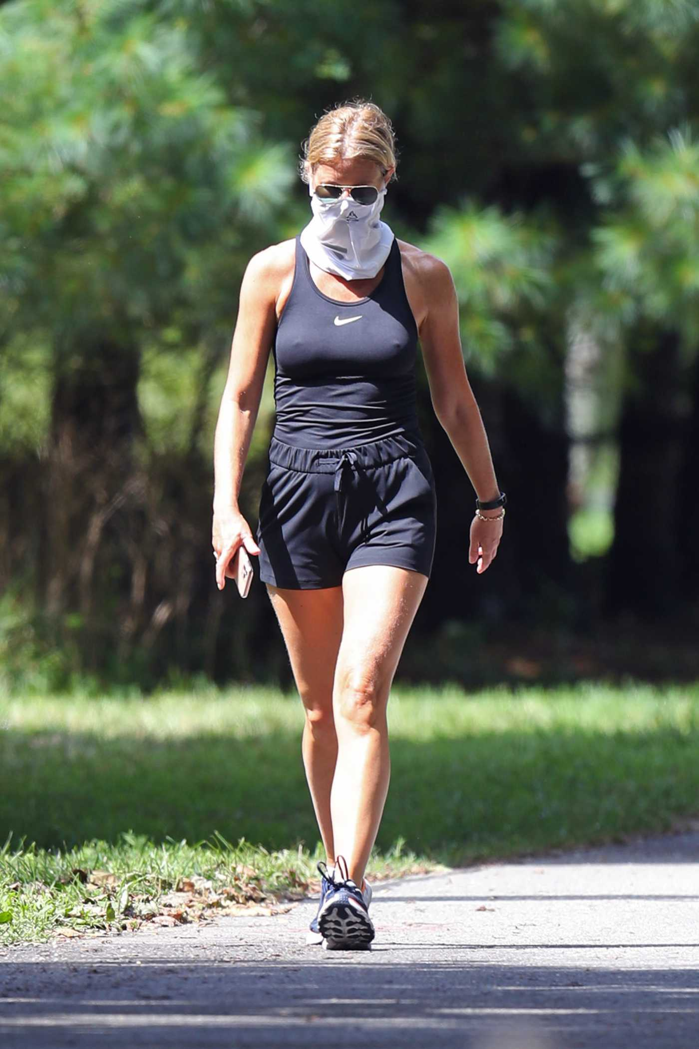 Gwyneth Paltrow in a Black Tank Top Out for a Walk in the Hamptons, NYC 08/20/2020