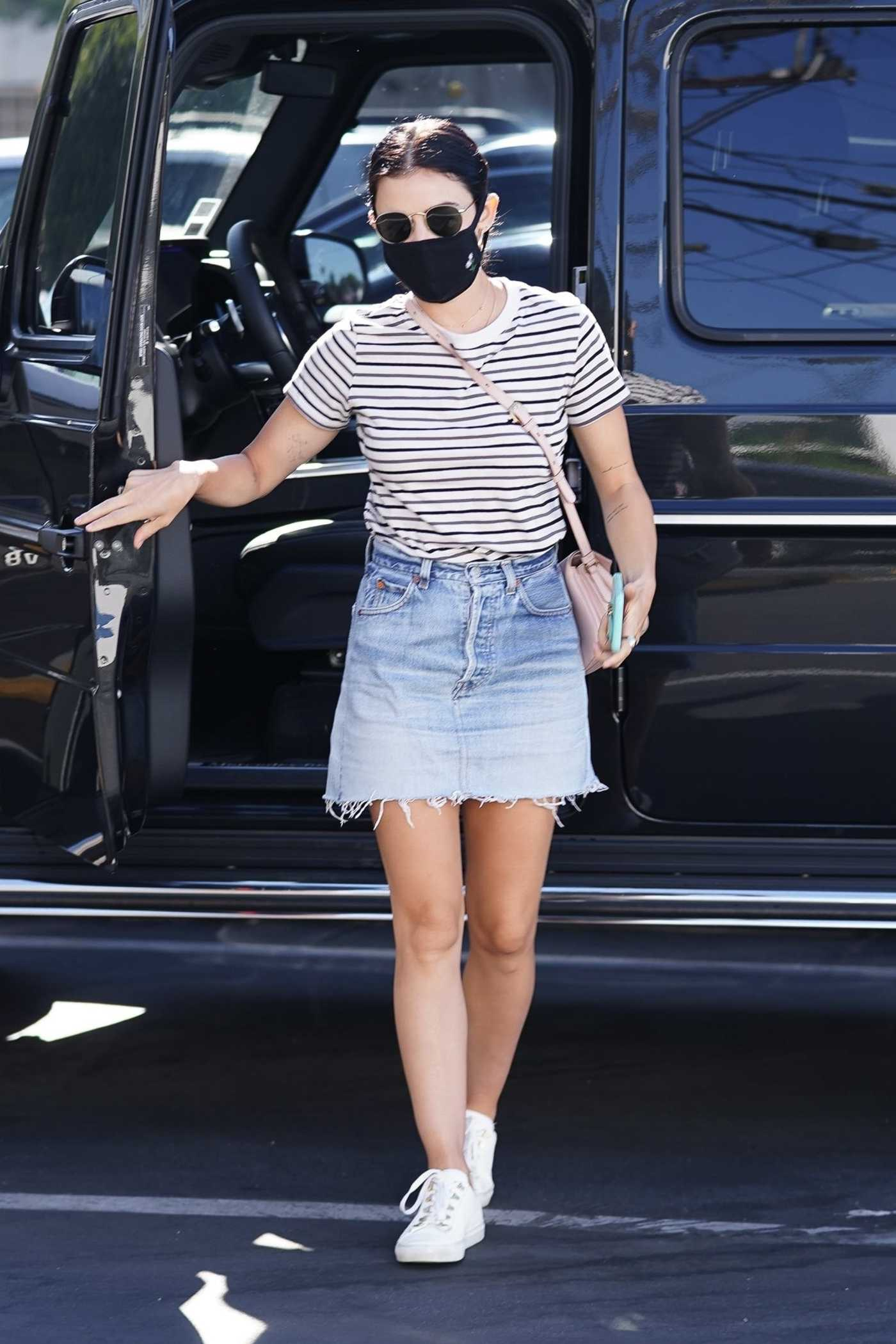 Lucy Hale in a Black Protective Mask Arrives to Her Dentist in Toluca Lake 08/11/2020