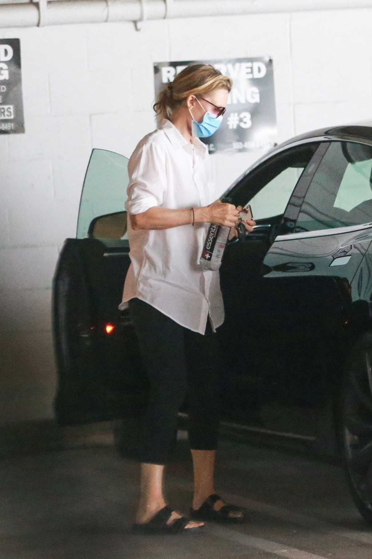 Michelle Pfeiffer in a White Shirt Heads to a Meeting in Santa Monica 08/17/2020
