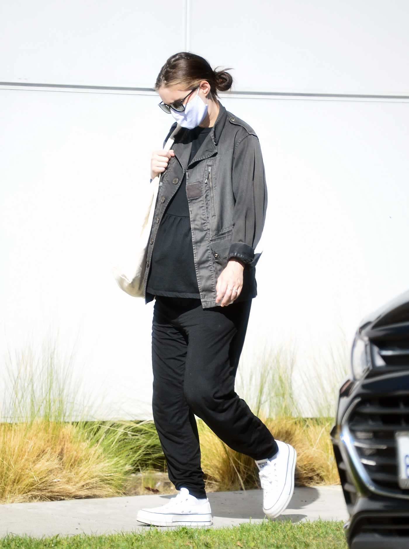 Rooney Mara in a Protective Mask Was Seen Out in Los Angeles 08/03/2020