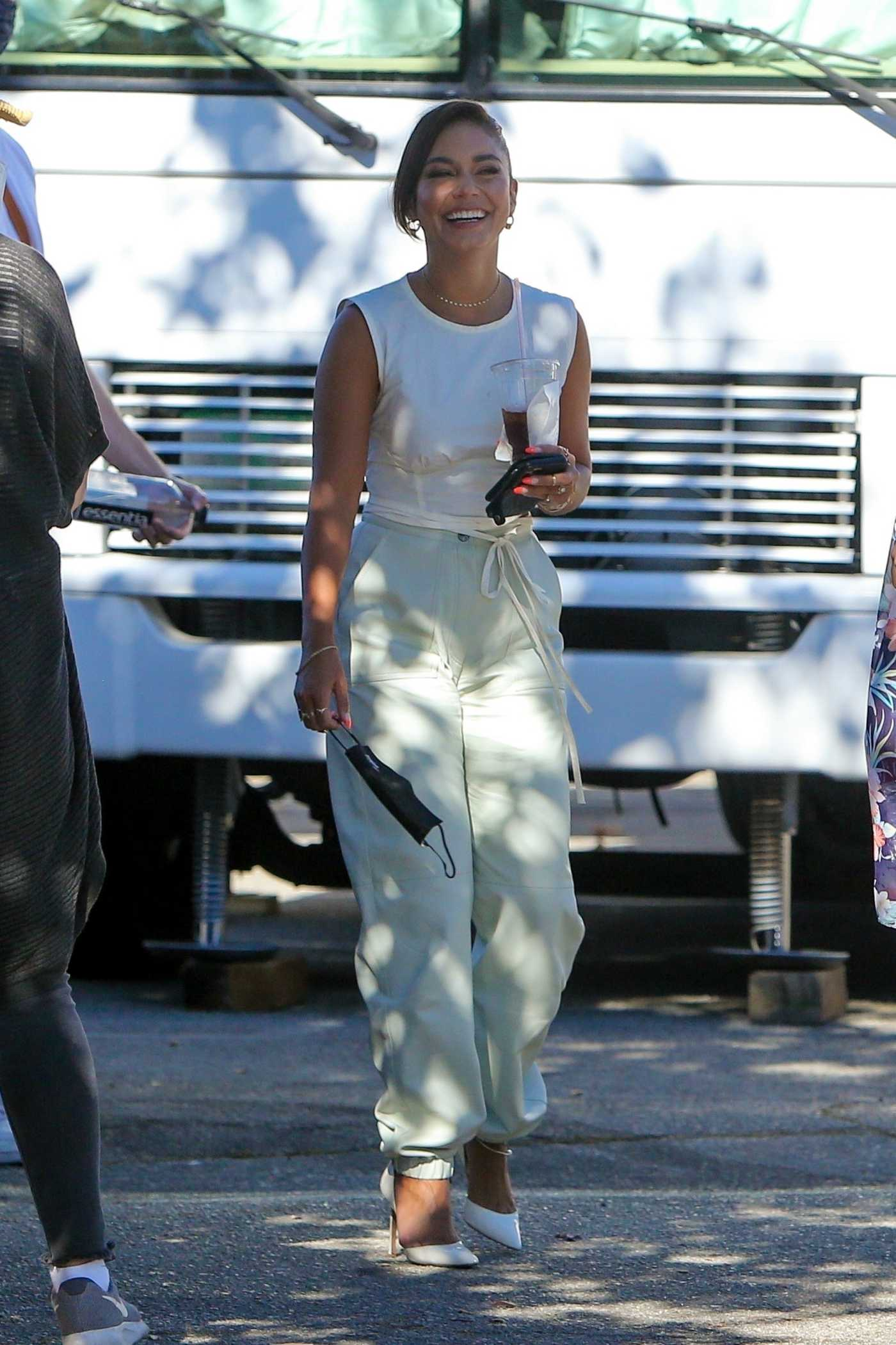 Vanessa Hudgens in a White Top Was Seen Out in Los Angeles 08/11/2020