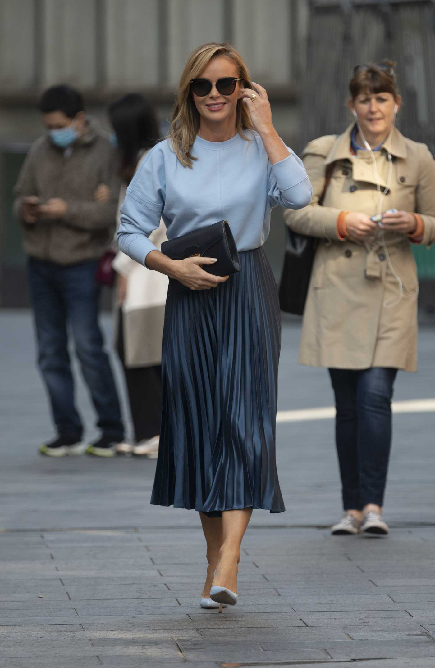 Amanda Holden in a Light Blue Sweatshirt Arrives at the Global Radio Studios in London 09/10/2020