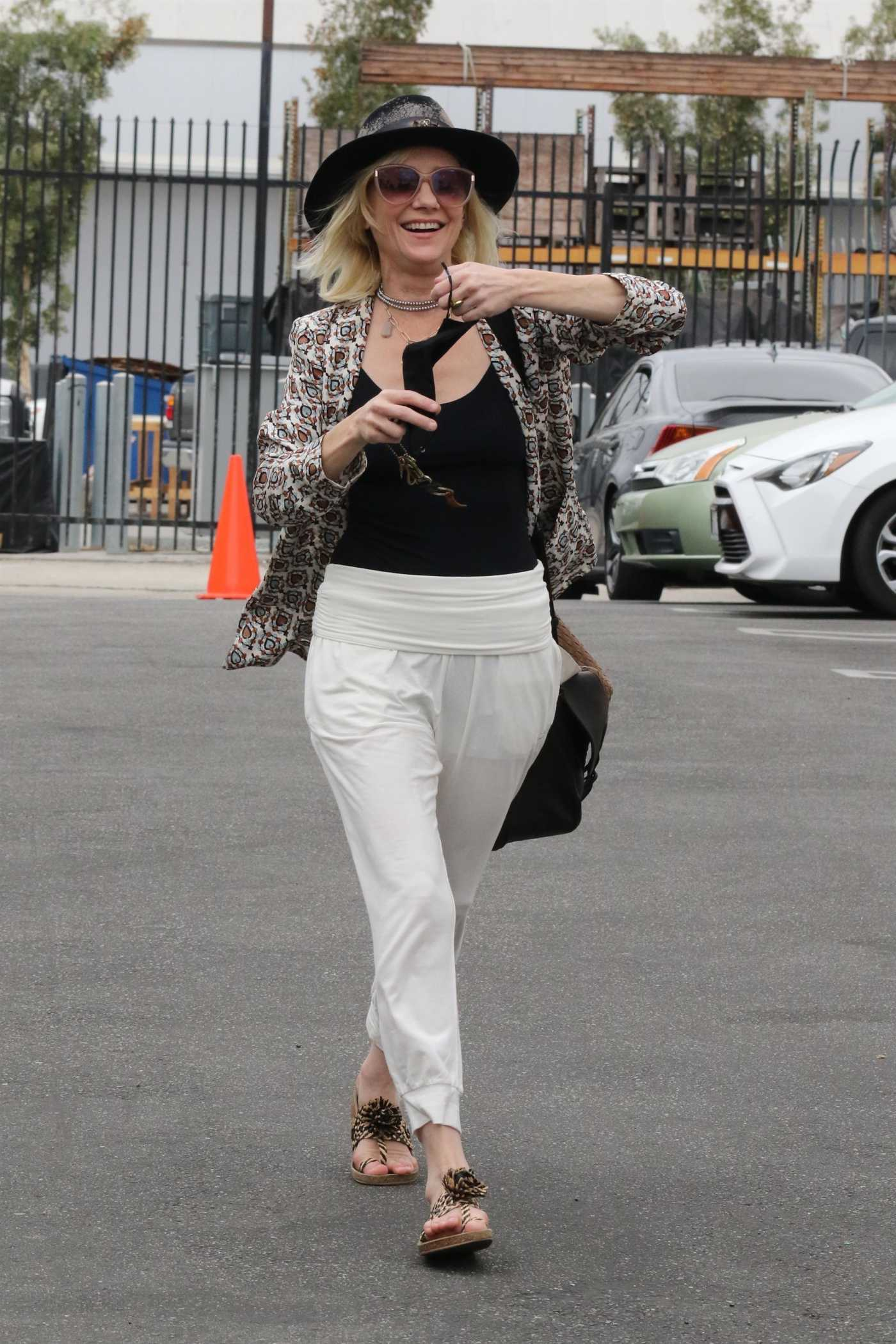 Anne Heche in a White Pants Arrives at the Dance Studio in Los Angeles 09/08/2020