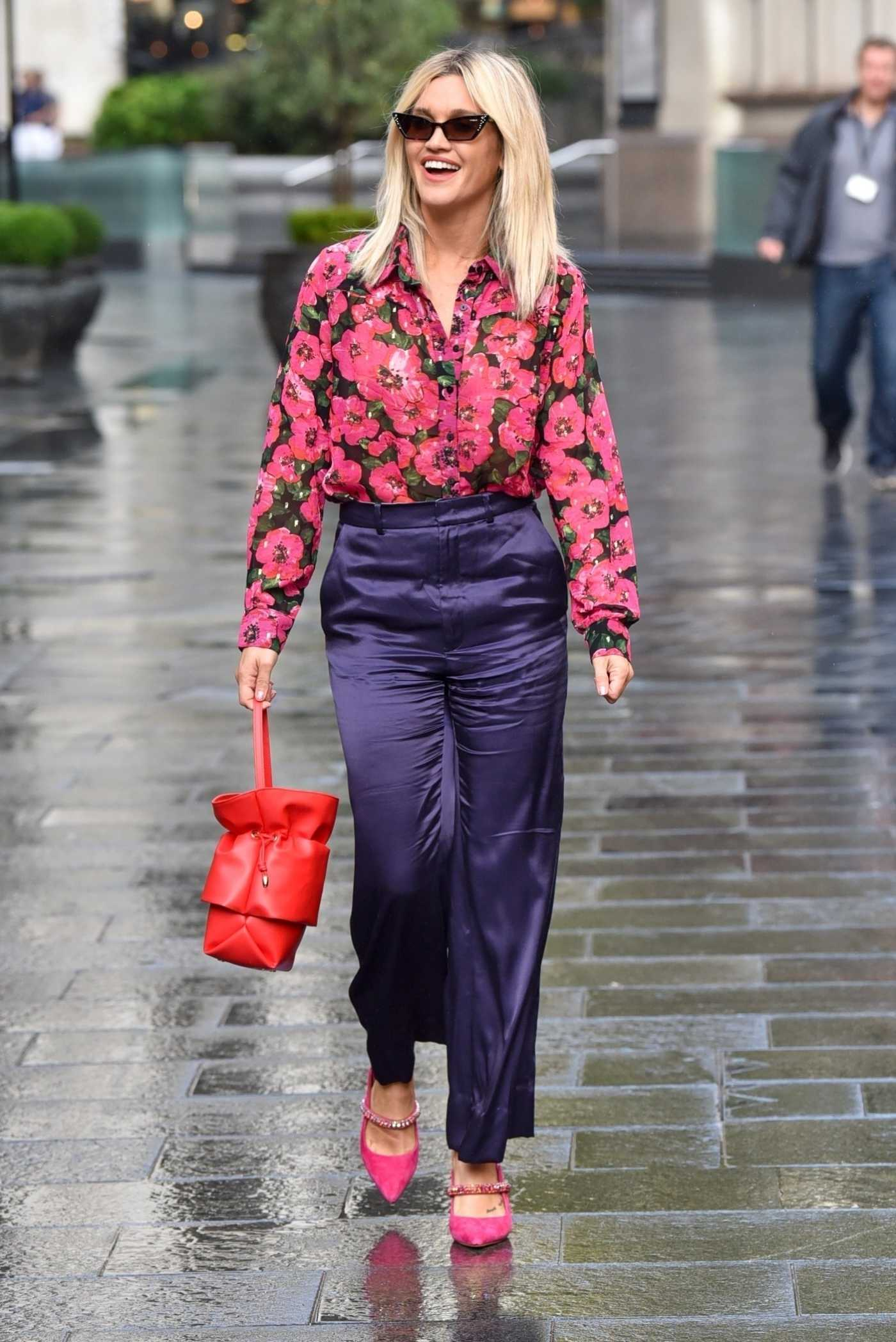 Ashley Roberts in a Floral Blouse Arrives at the Heart Radio in London 09/29/2020