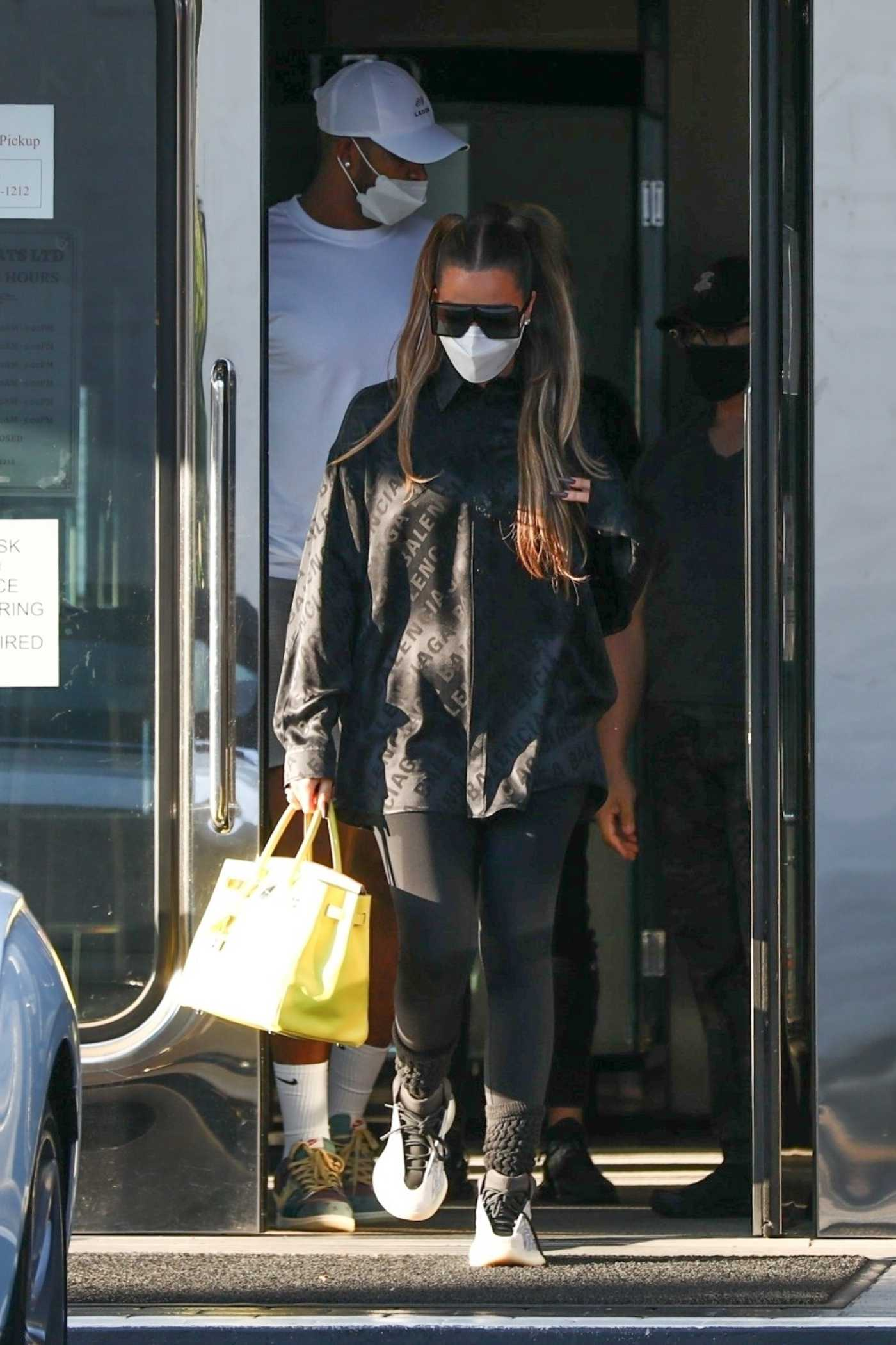Khloe Kardashian in a Protective Mask Leaves XIV Karats in Beverly Hills 09/25/2020