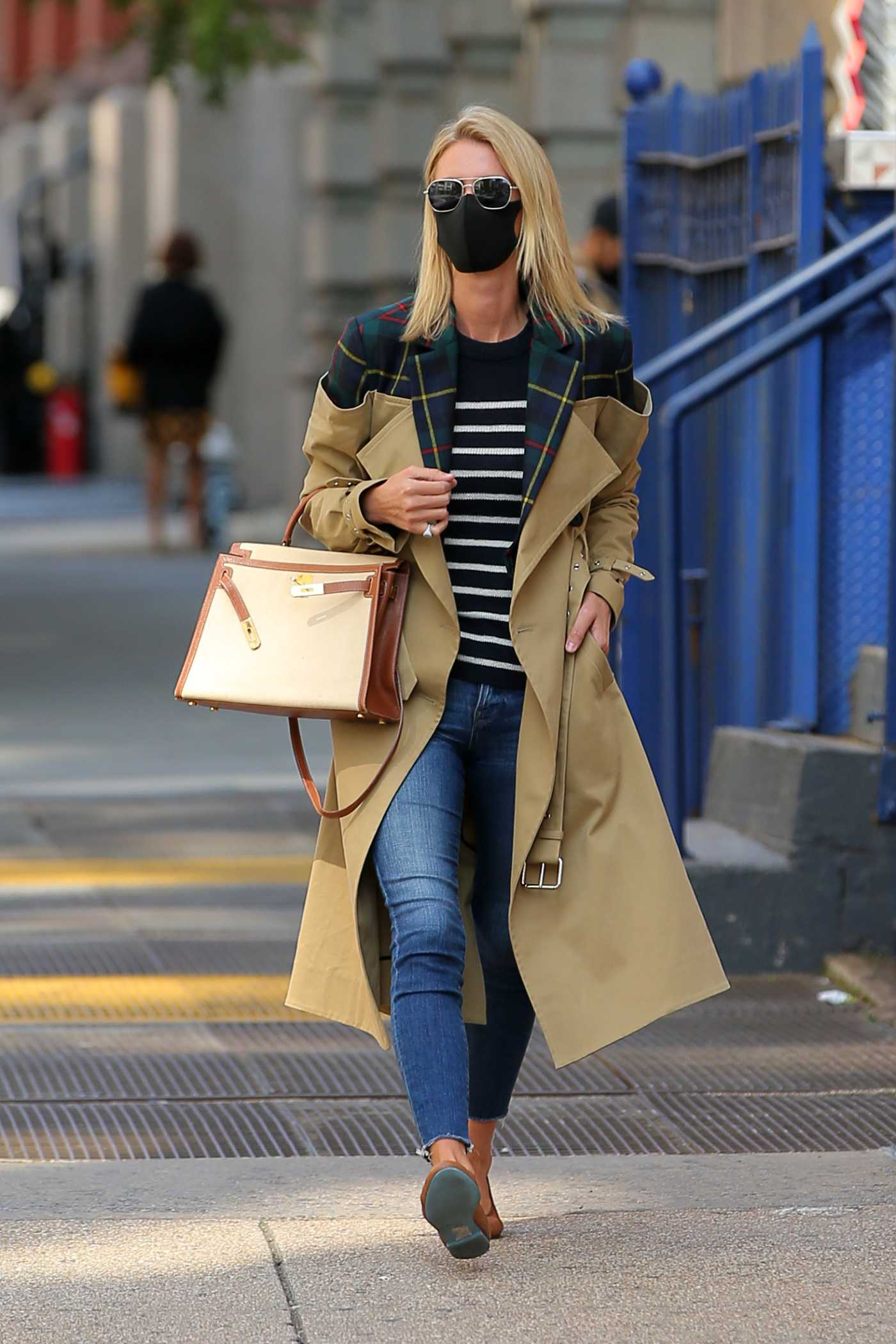 Nicky Hilton in a Black Protective Mask Was Seen Out New York 09/22/2020