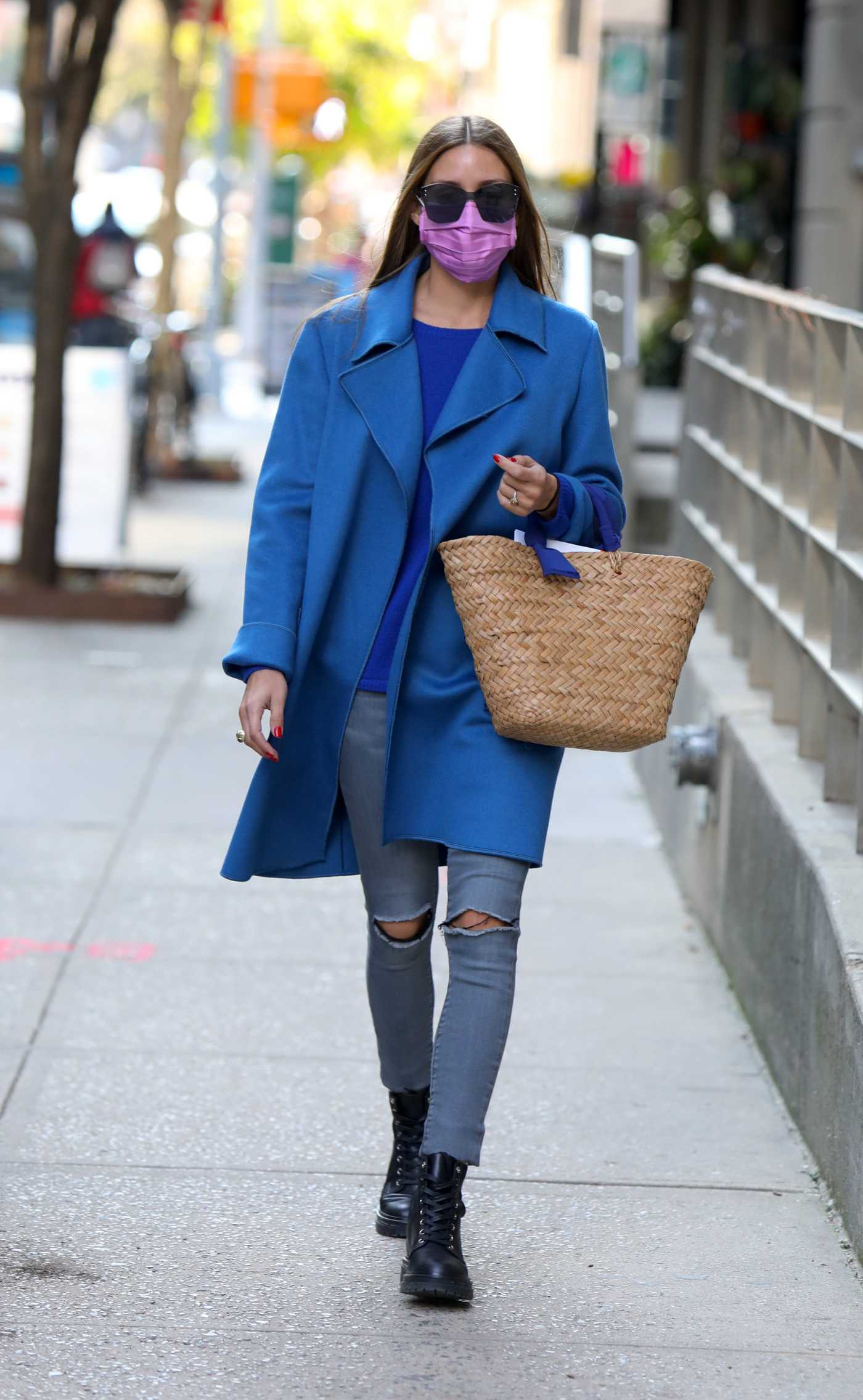 Olivia Palermo in a Blue Coat Was Seen Out in Brooklyn, NYC 09/21/2020
