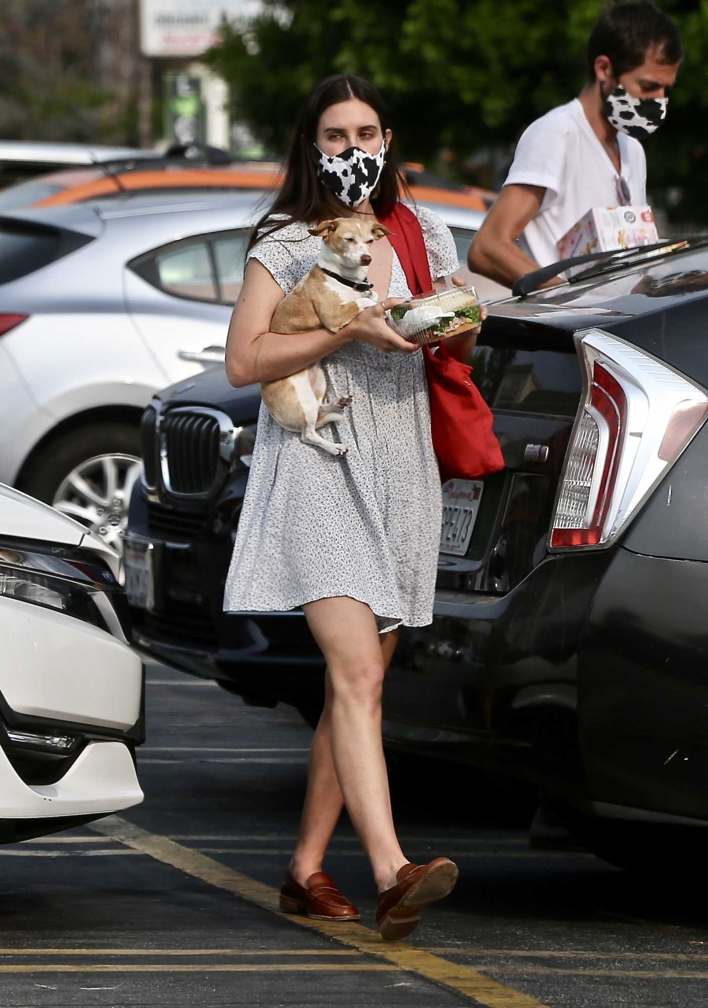 Scout Willis in a Protective Mask Arrives at Gelson's Market in Los Feliz 09/09/2020