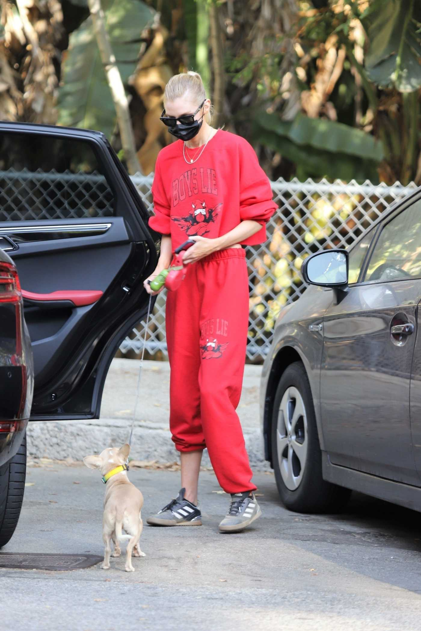 Stella Maxwell in a Red Sweatsuit Was Spotted After a Hike at Griffith Park in Los Angeles 09/25/2020