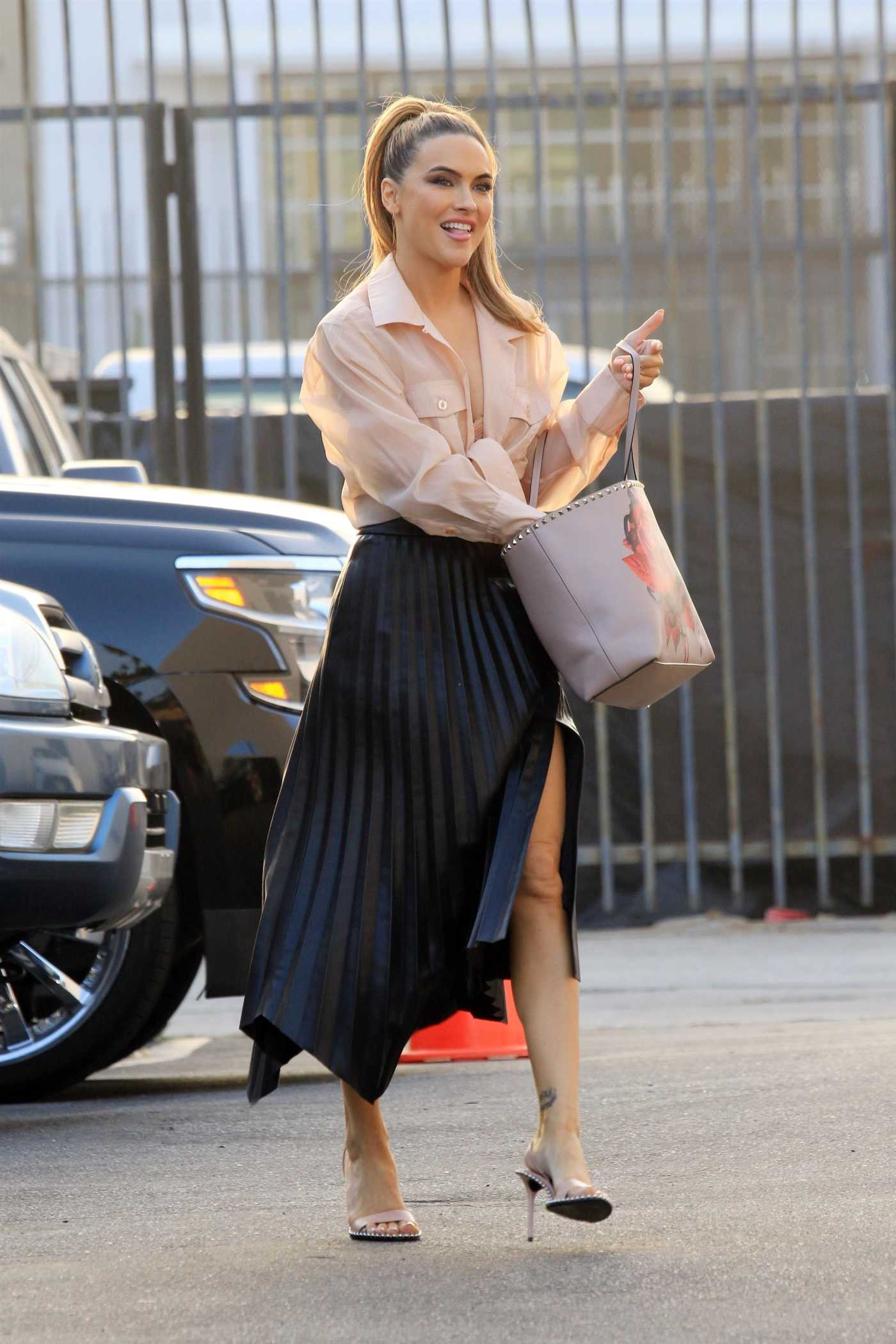 Chrishell Stause in a Black Skirt Arrives at the DWTS Studio in Los Angeles 10/21/2020