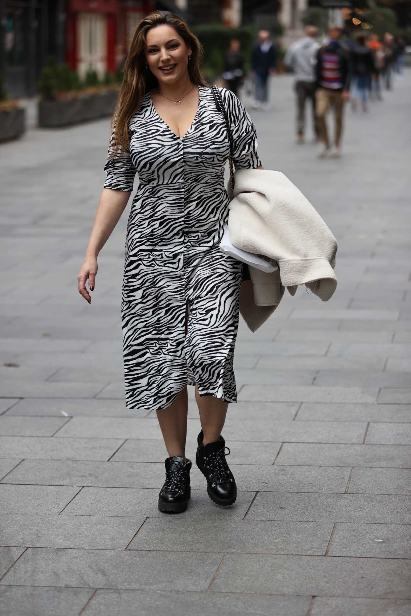Kelly Brook in a Zebra Print Dress Arrives at the Heart Radio in London 10/23/2020