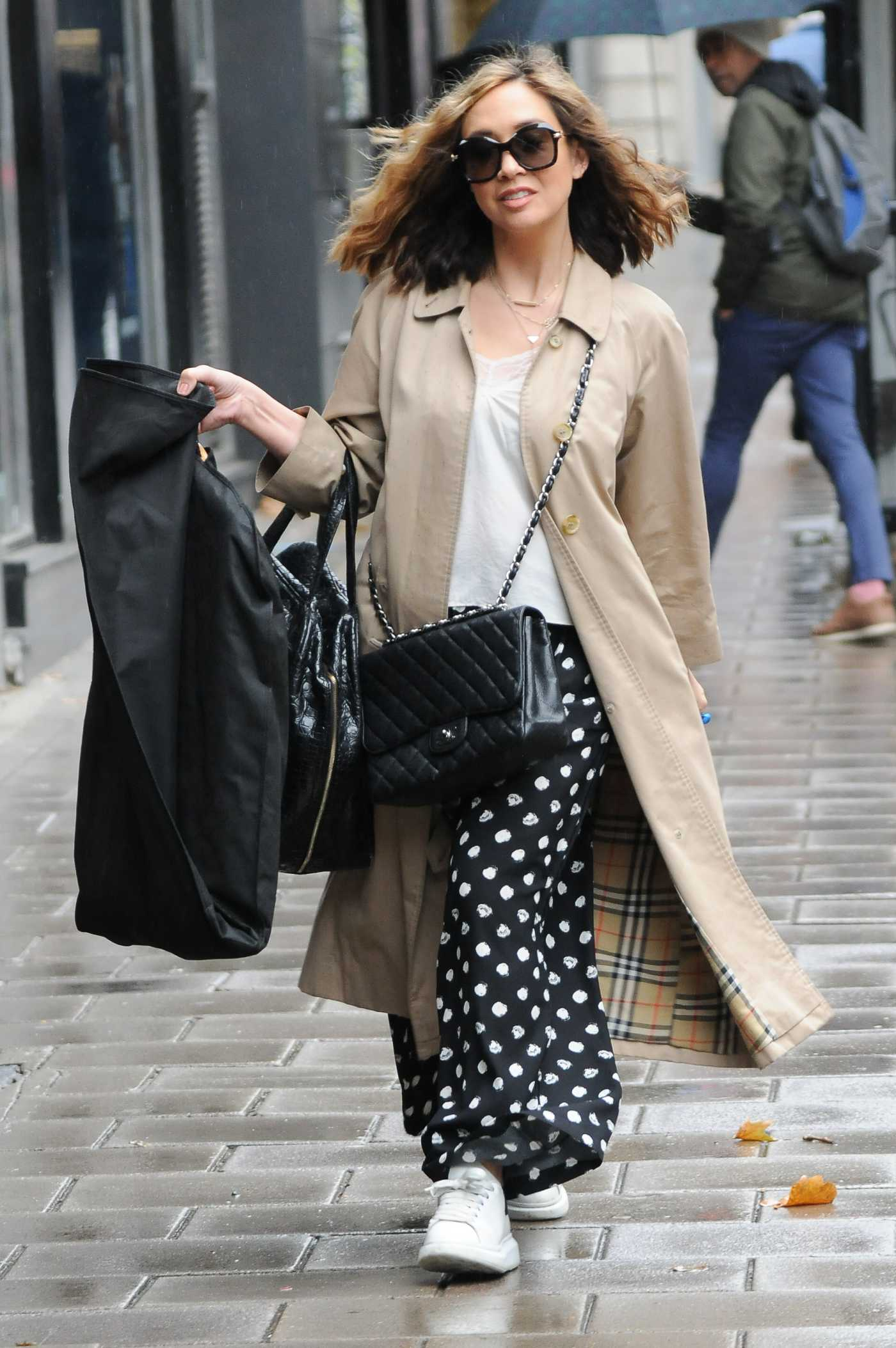Myleene Klass in a Beige Trench Coat Arrives at the Global Studios in London 10/27/2020