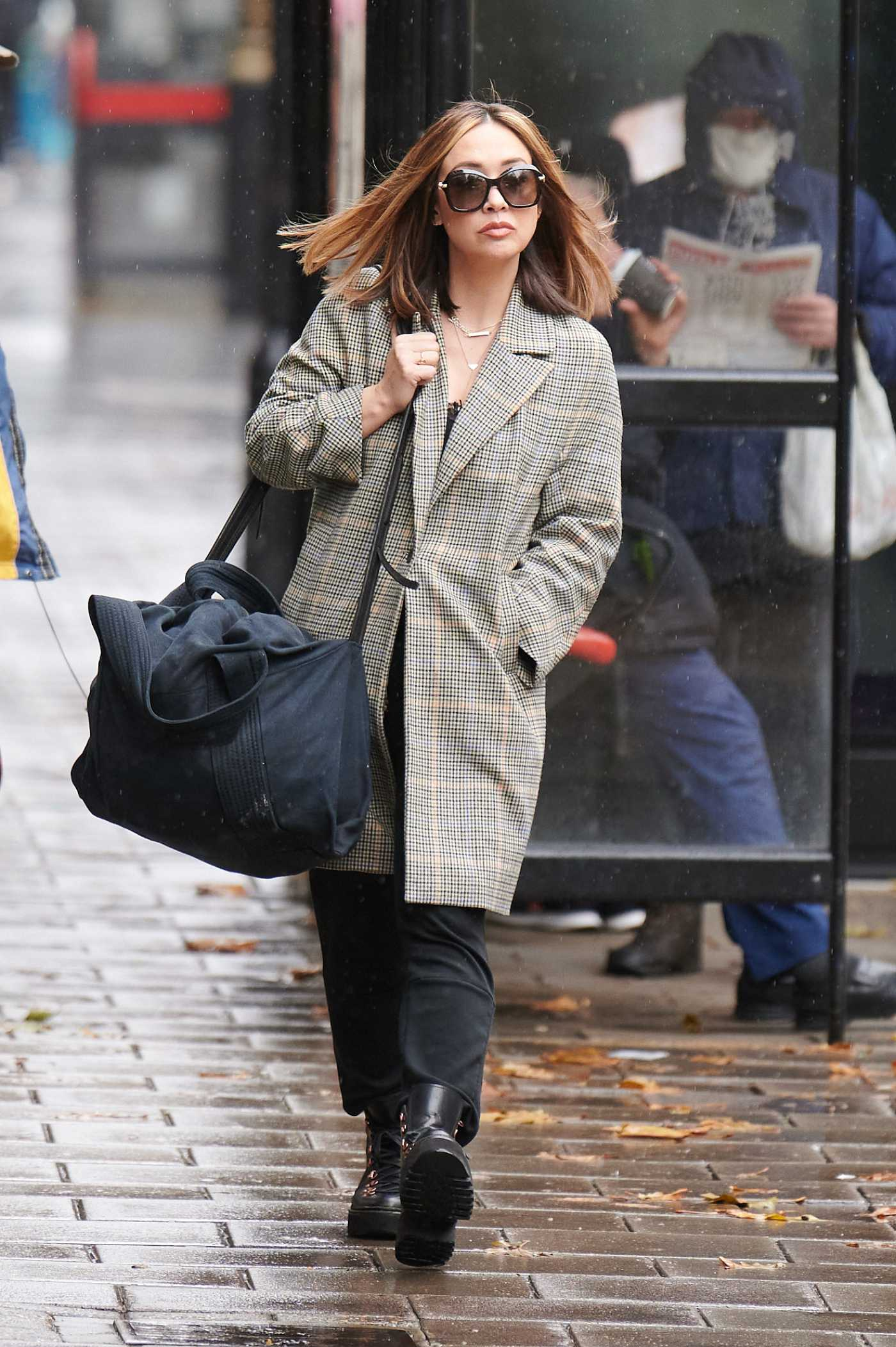 Myleene Klass in a Grey Trench Coat Arrives at the Global Studios in London 10/29/2020