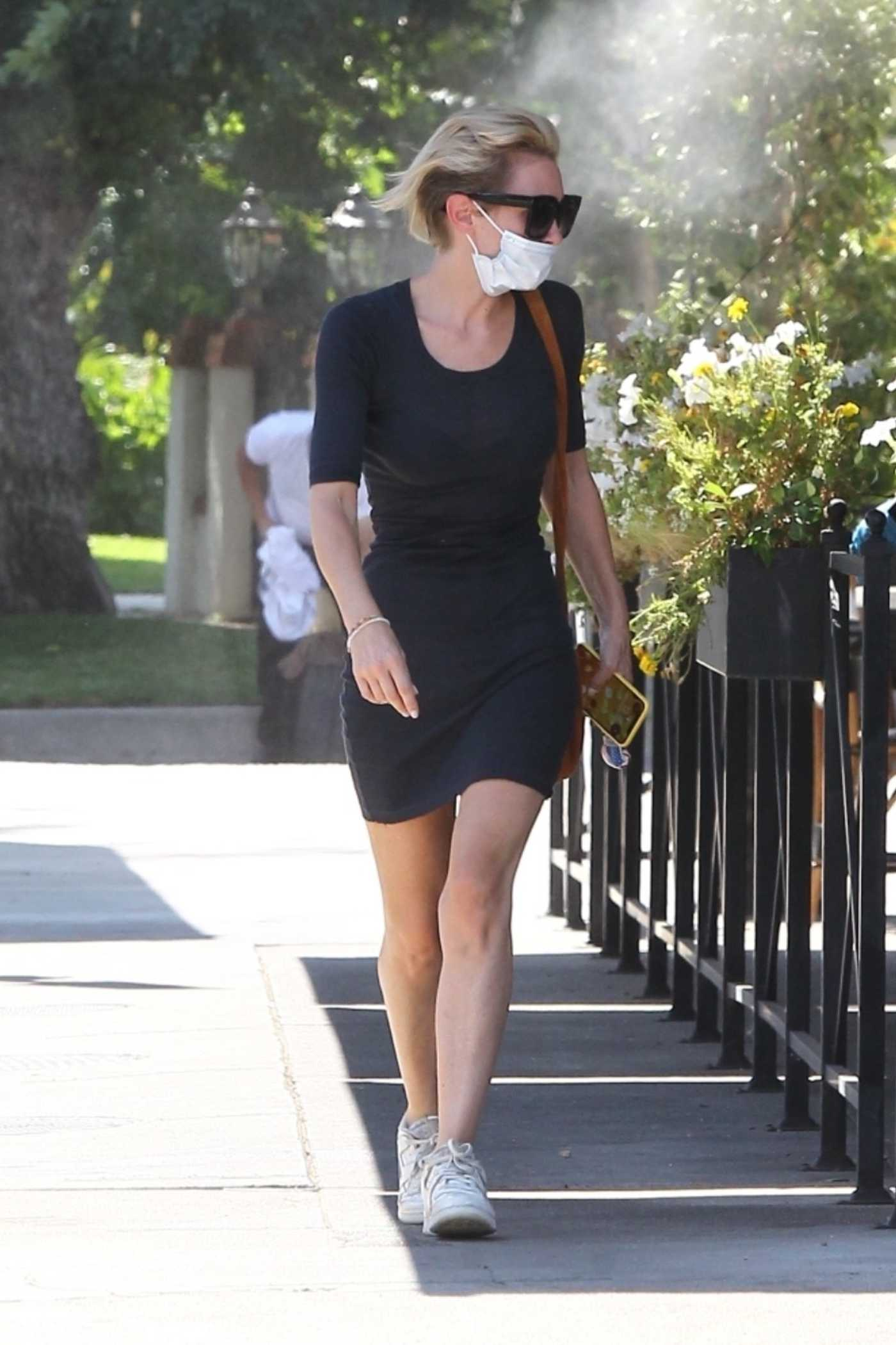 Nicky Whelan in a Black Dress Leaves Lunch with Friends in Studio City 09/30/2020