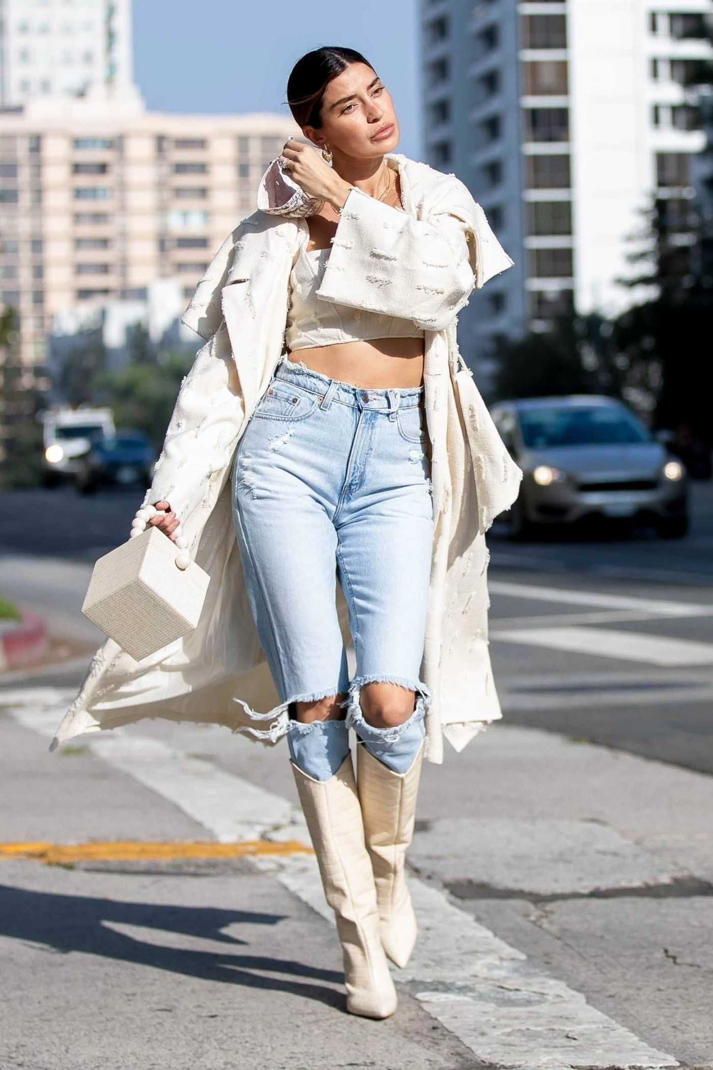 Nicole Williams in a Blue Ripped Jeans Was Seen Out in Los Angeles 10/26/2020