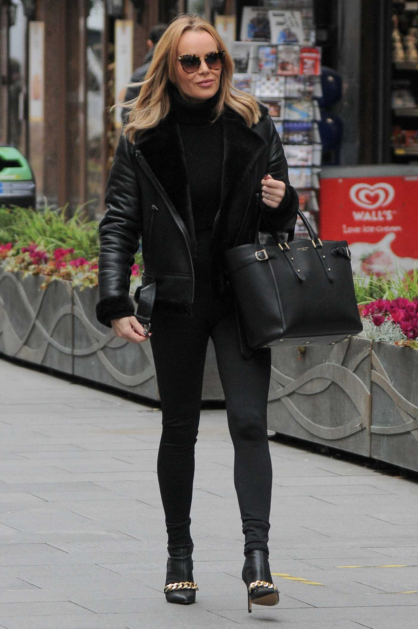 Amanda Holden in a Black Outfit Leaves the Global Studios in London 11/20/2020